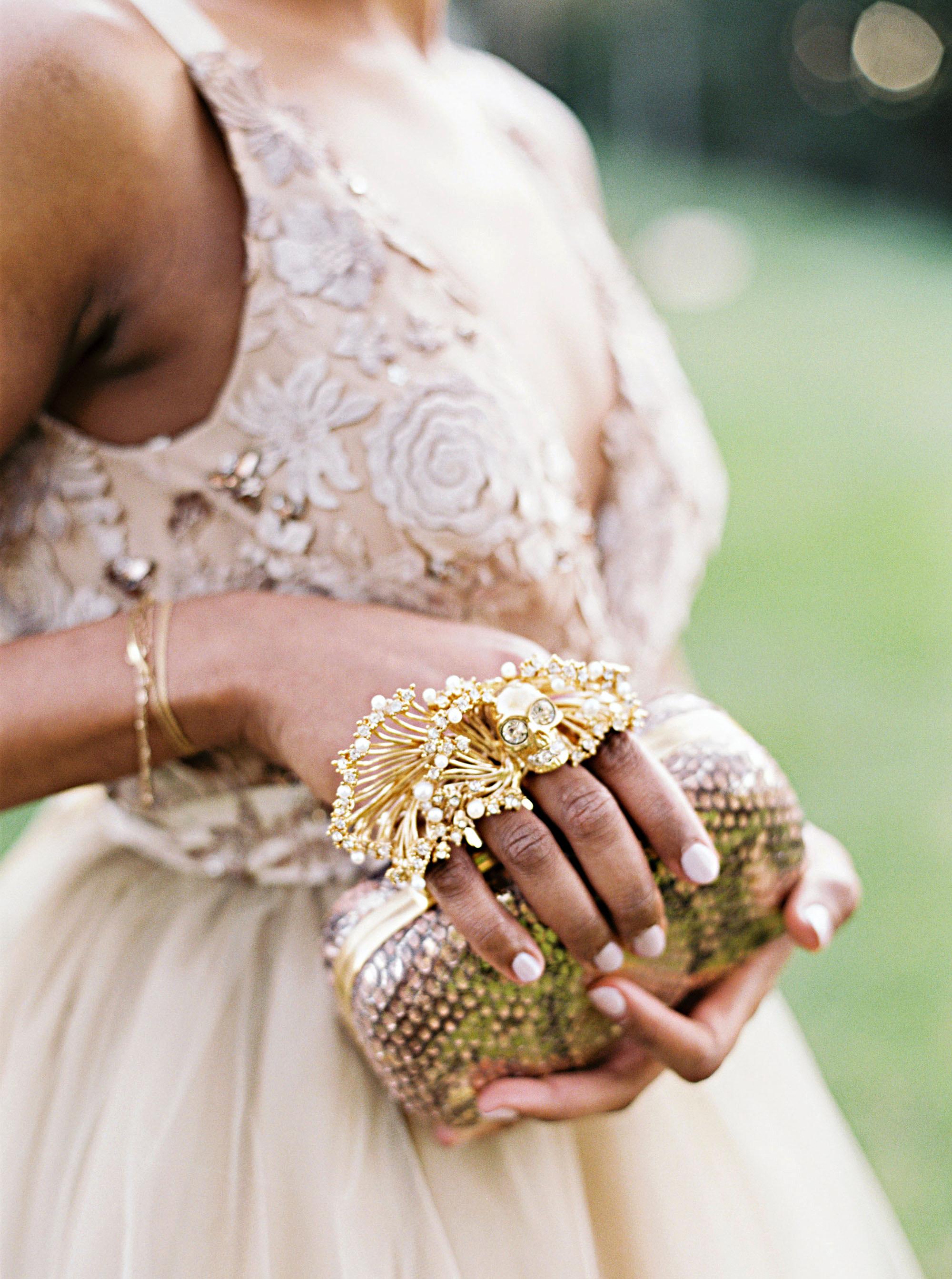 amanda william wedding tennessee bride clutch jewelry