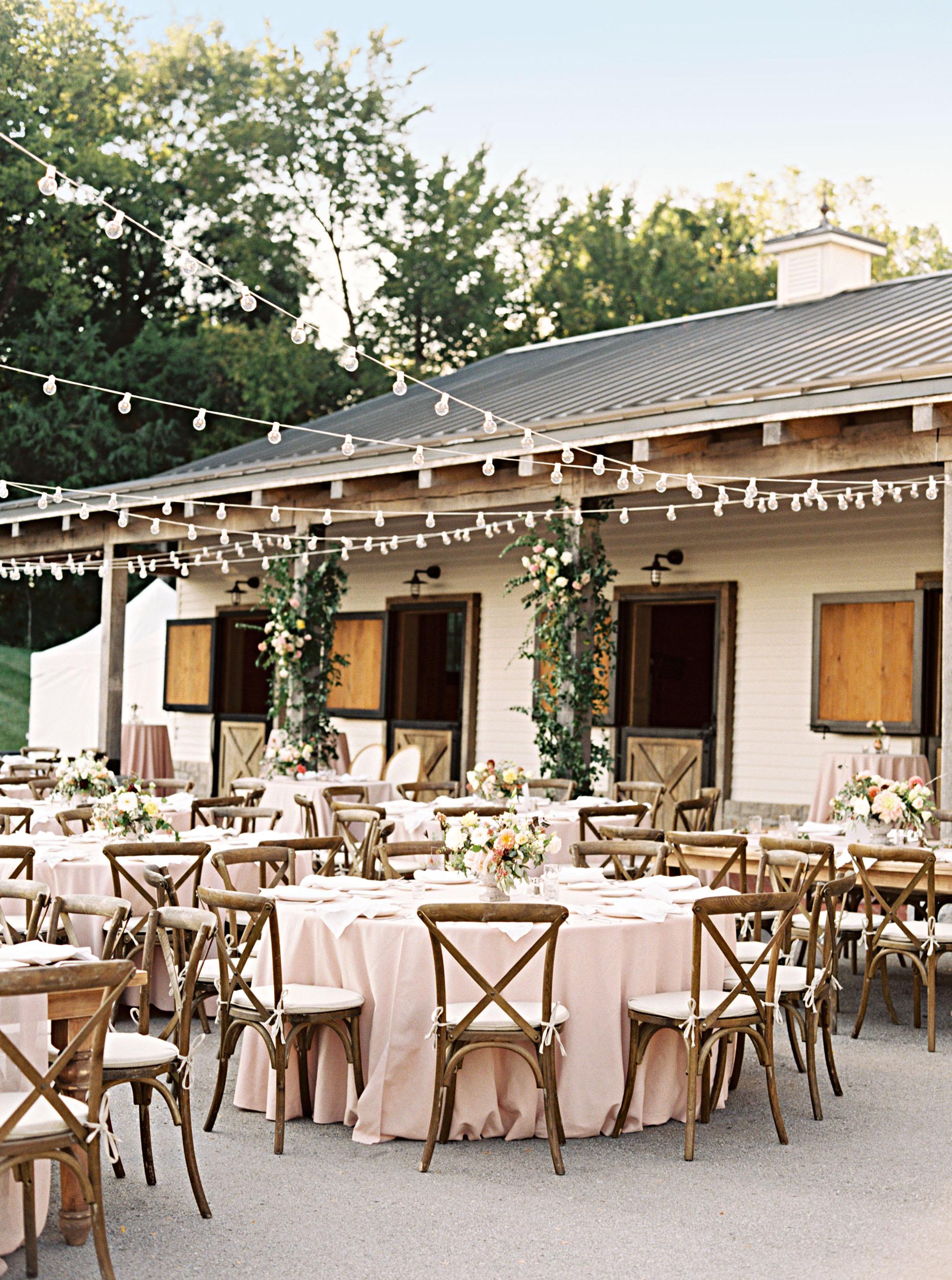 amanda william wedding tennessee dinner seating