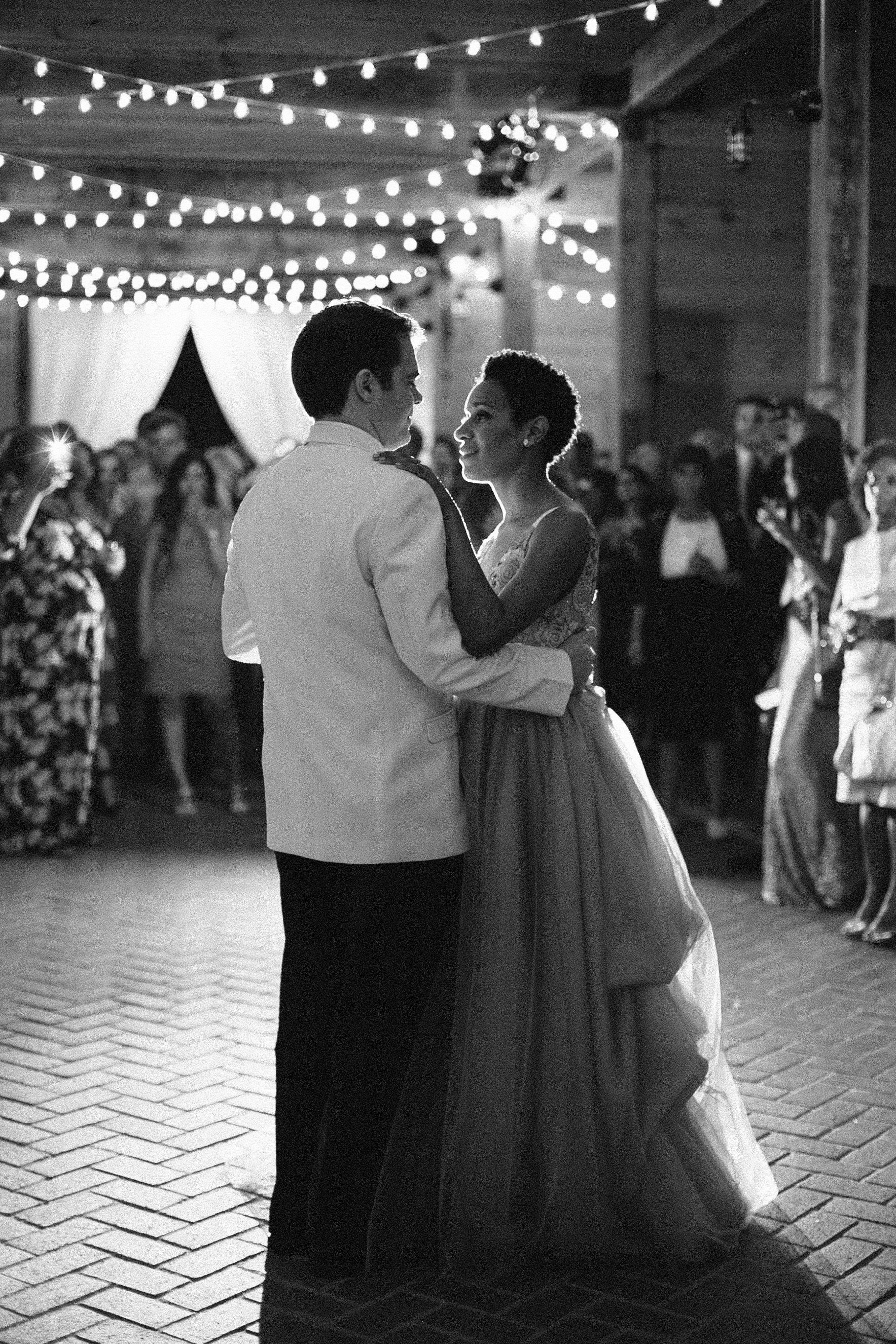 amanda william wedding tennessee first dance black and white