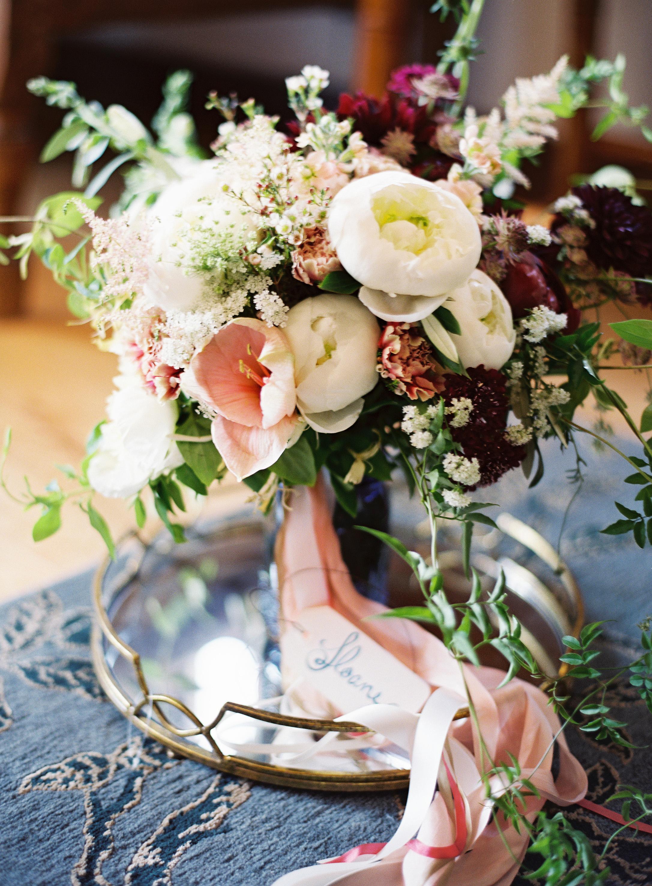 bouquet wraps pink ribbon flowers