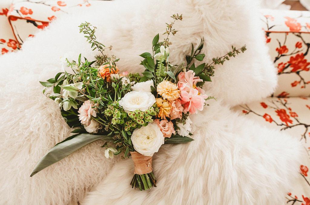 bouquet wraps flowers orange pink