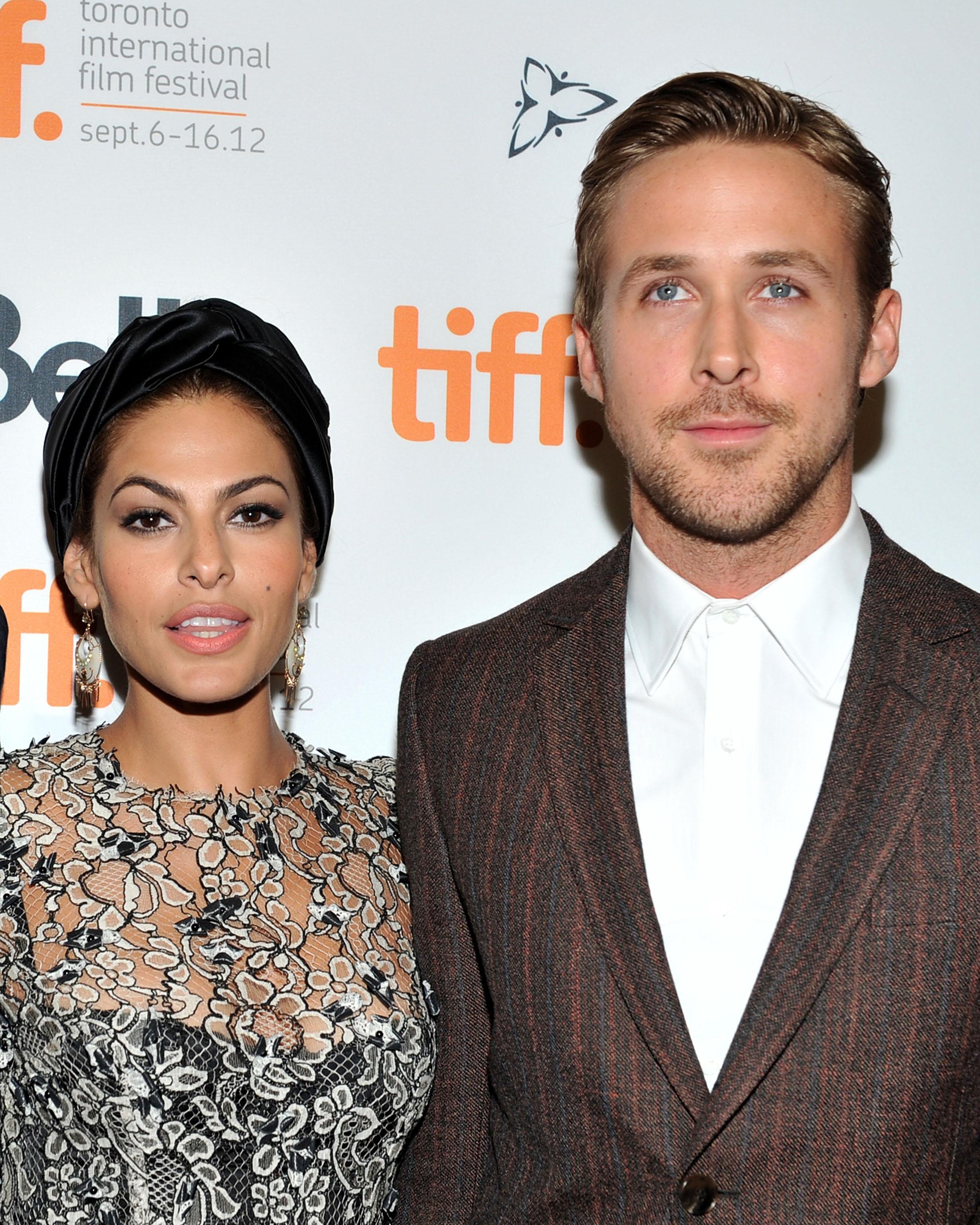 celebrity-couples-eva-mendes-ryan-gosling-1215.jpg