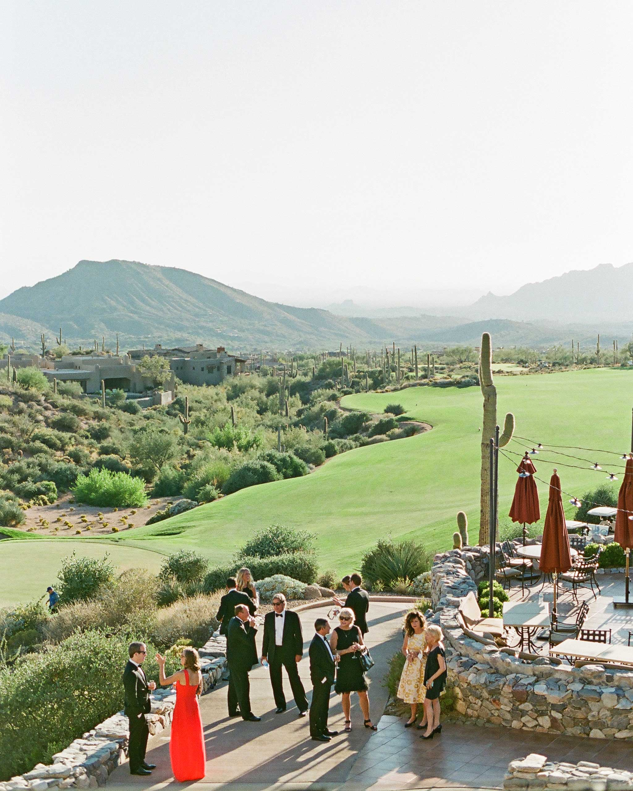 7 Ways You Can Help Your Guests Spend Less Money on Your Wedding