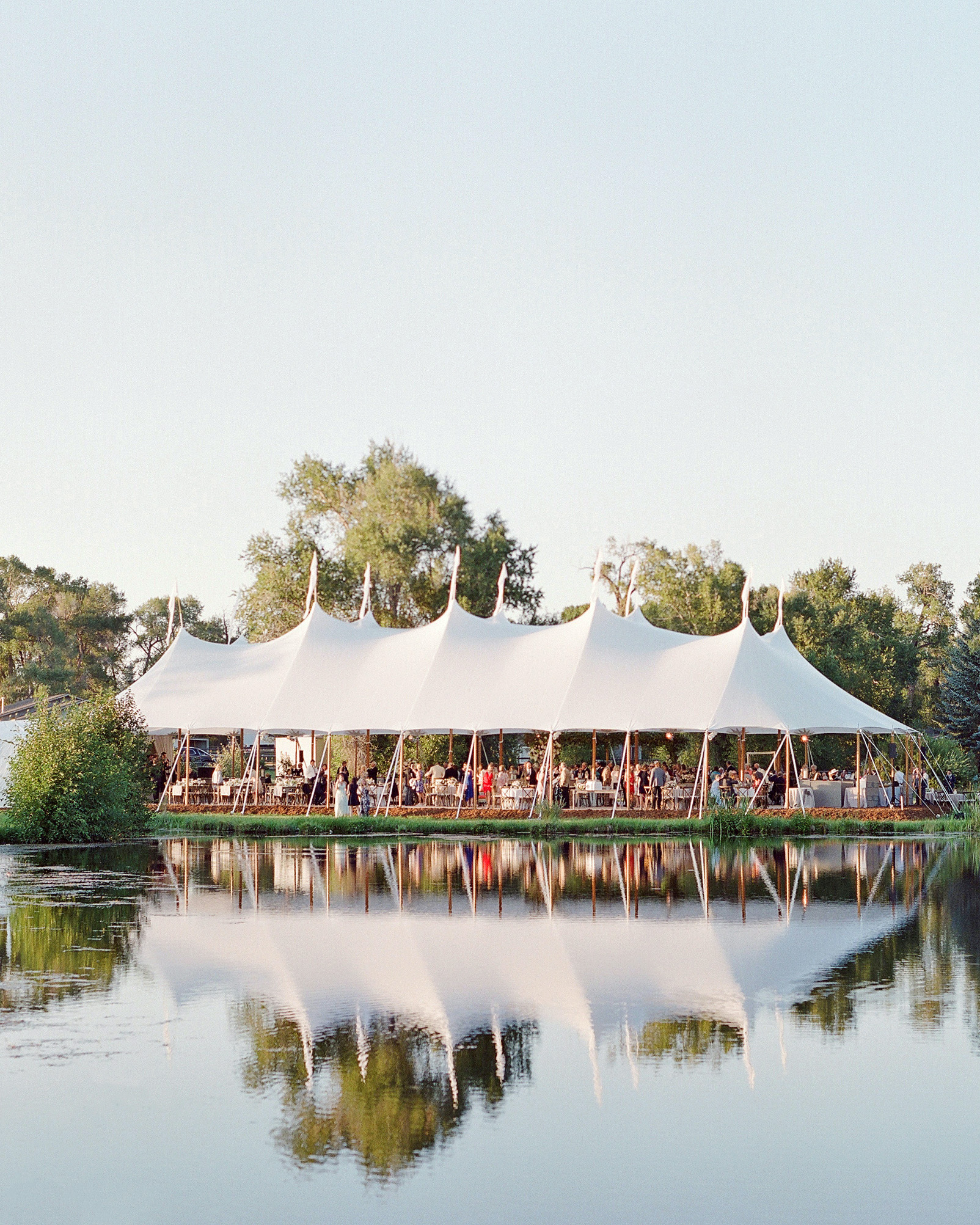 4 Key Factors to Consider Before Planning a Tented Wedding