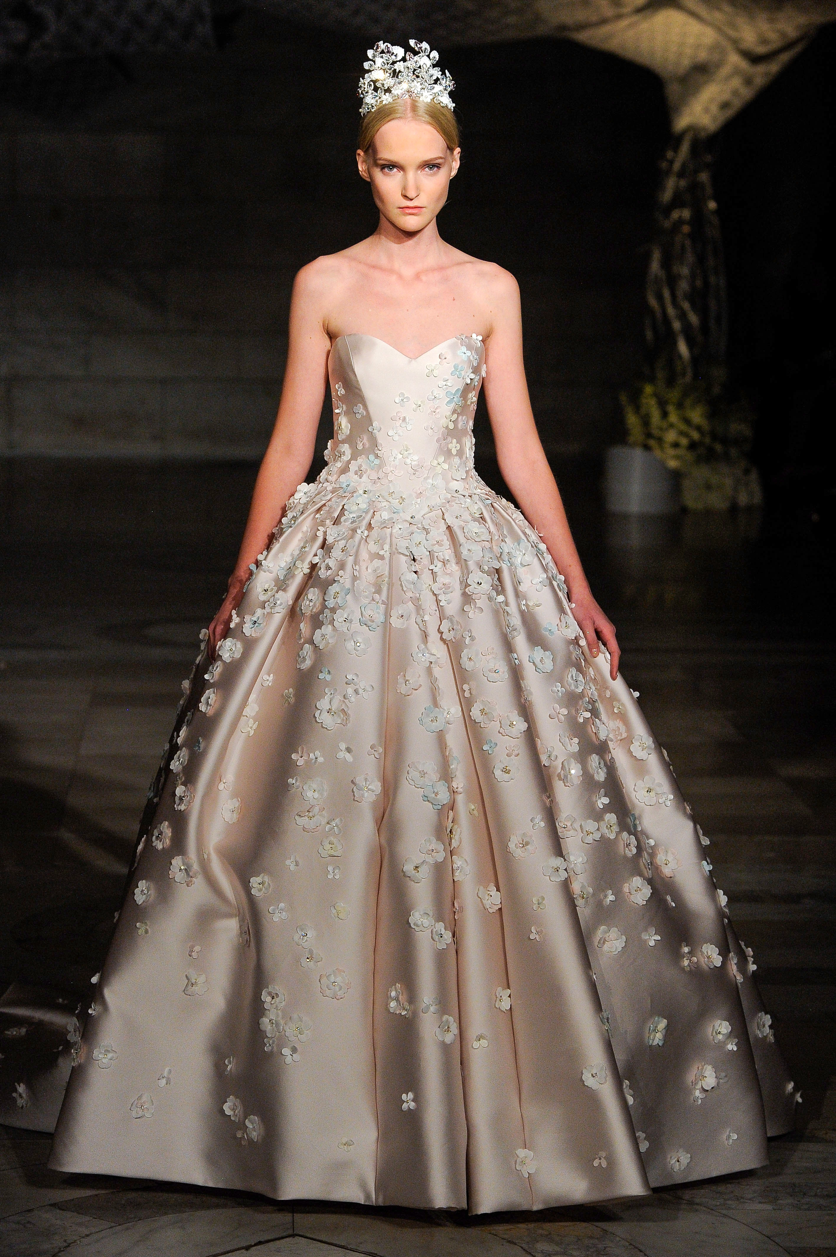 reem acra fall 2019 floral applique strapless ball gown wedding dress