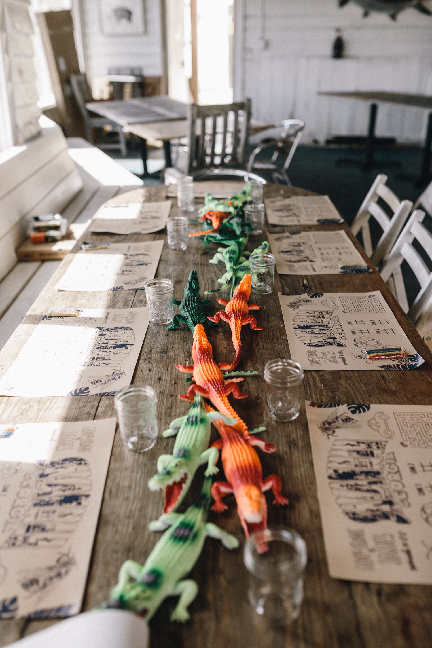 kids entertainment ideas interactive dinosaur centerpieces