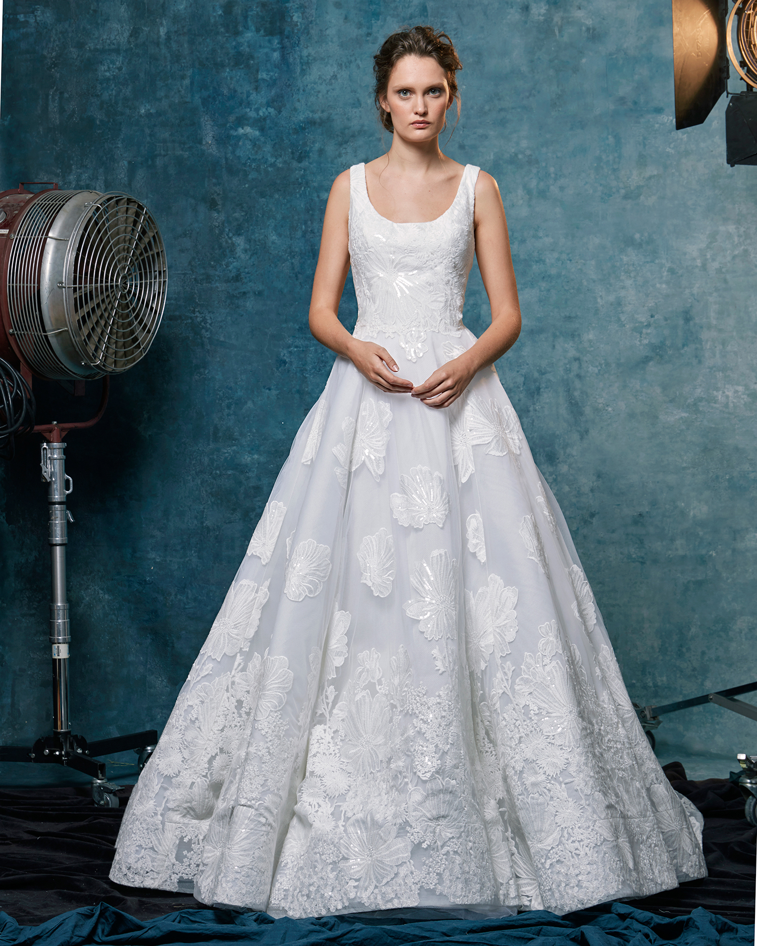 sareh nouri dress fall 2019 scoop neck appliqued a-line