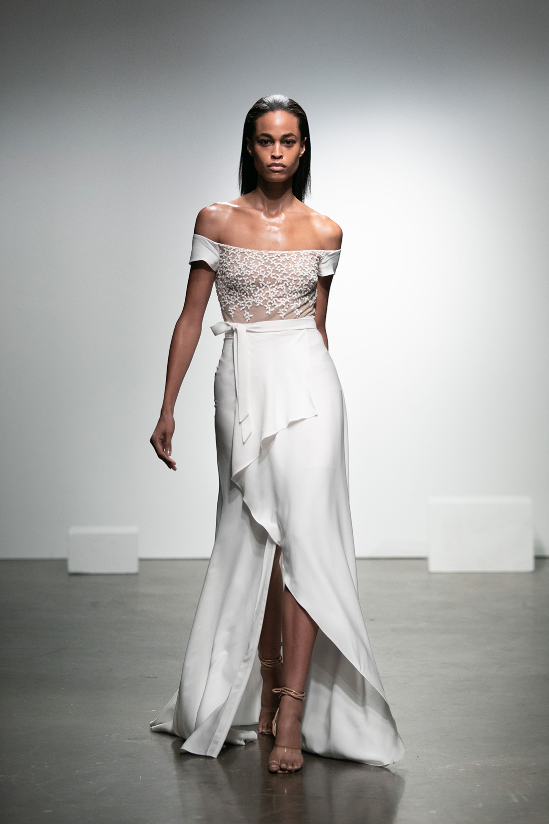 rime arodaky fall 2019 a line high slit tie skirt off the shoulder short sleeve floral applique