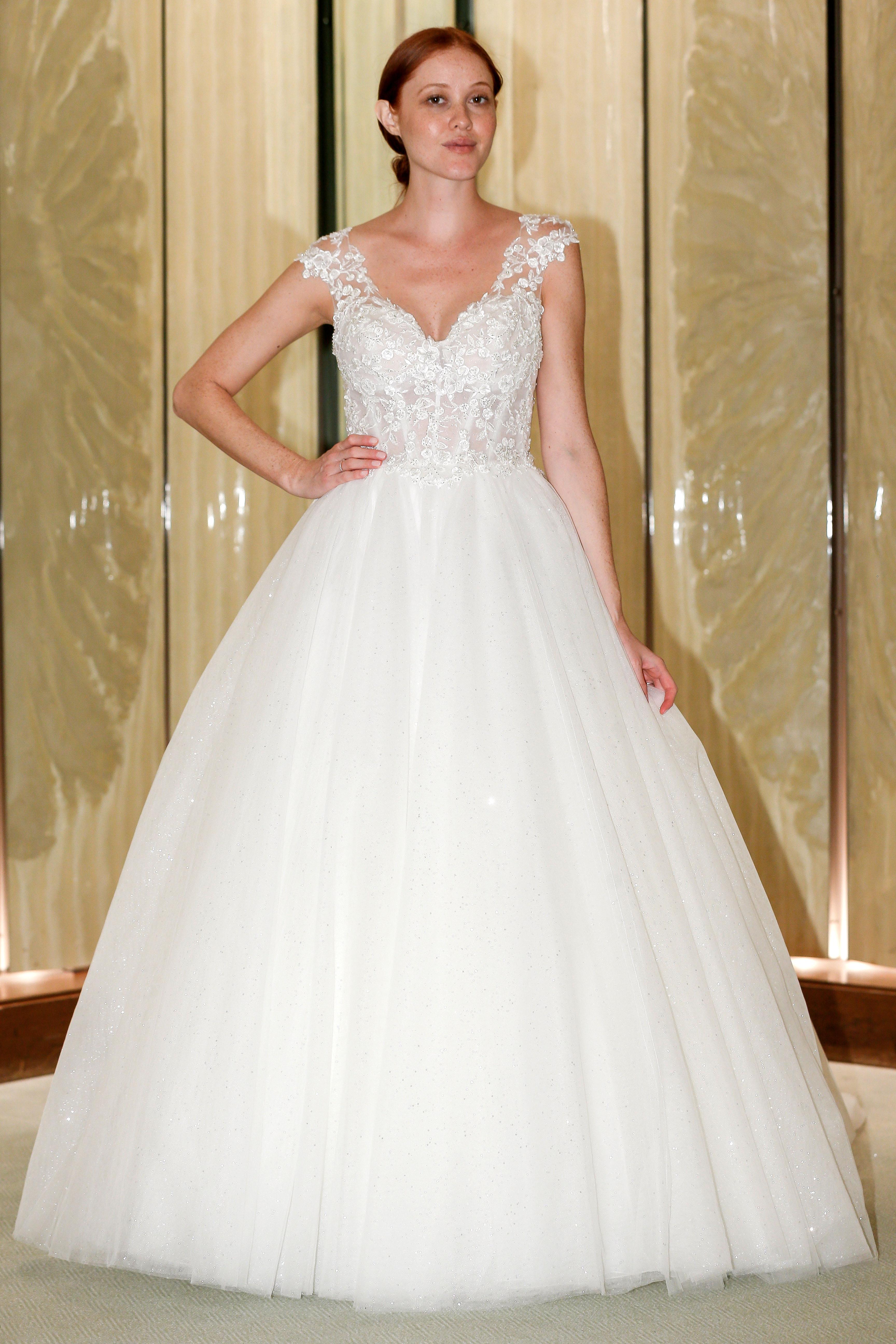 randy fenoli wedding dress lace cap sleeves tulle ball gown