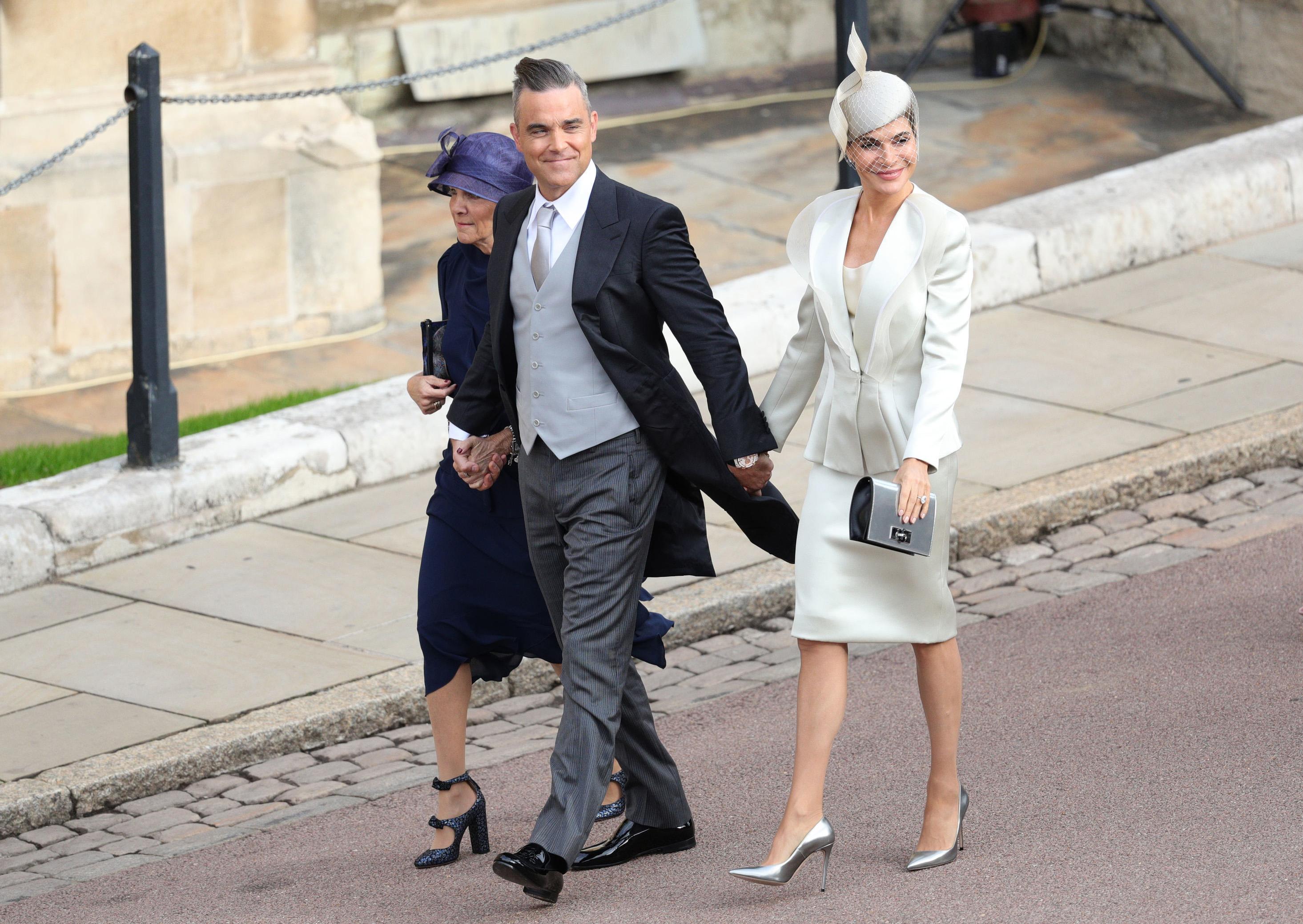 robbie williams gwen field ayda field at princess eugenies royal wedding