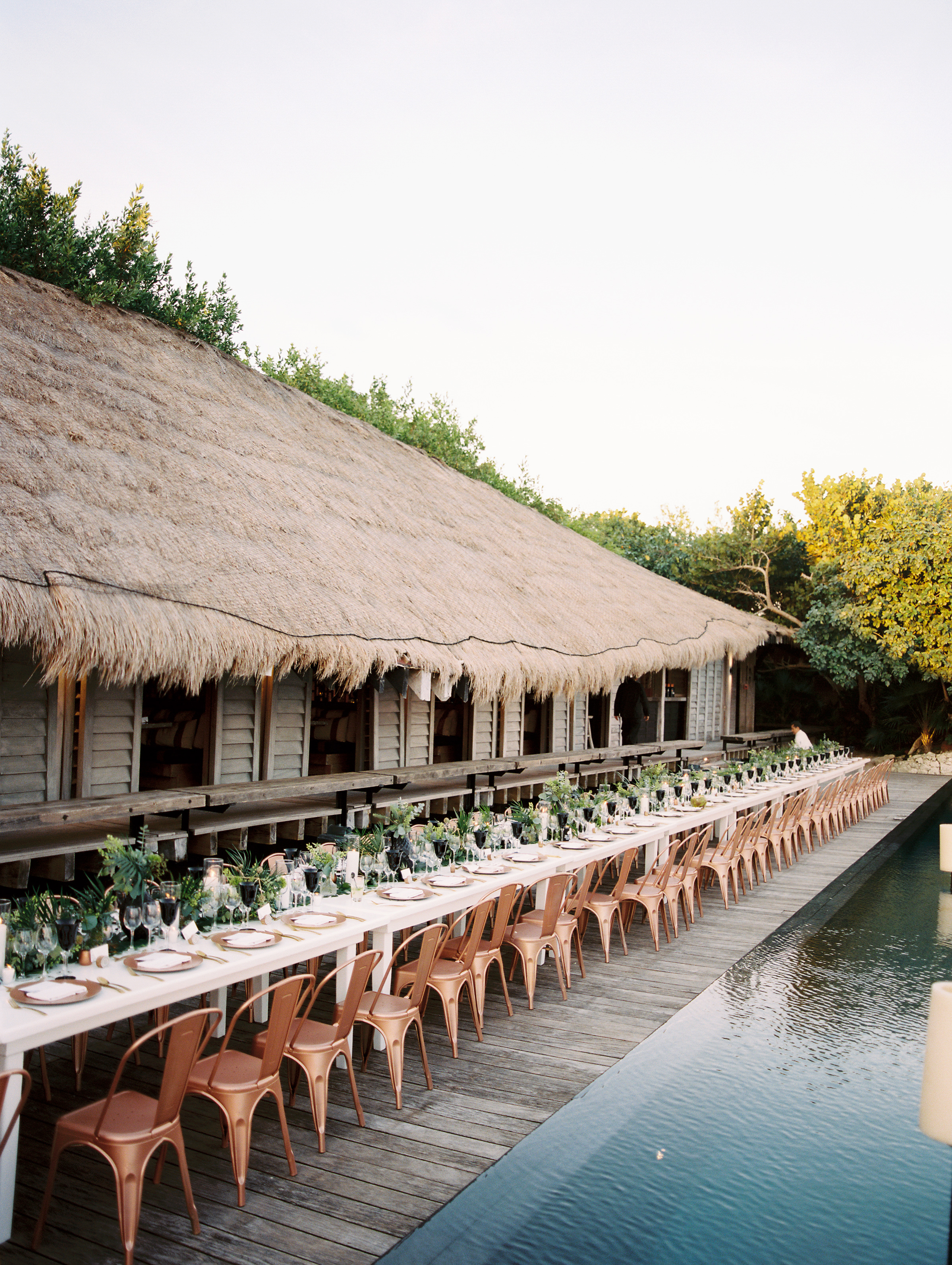 This Elegant Destination Wedding in Mexico Featured Creative, Tropical Touches