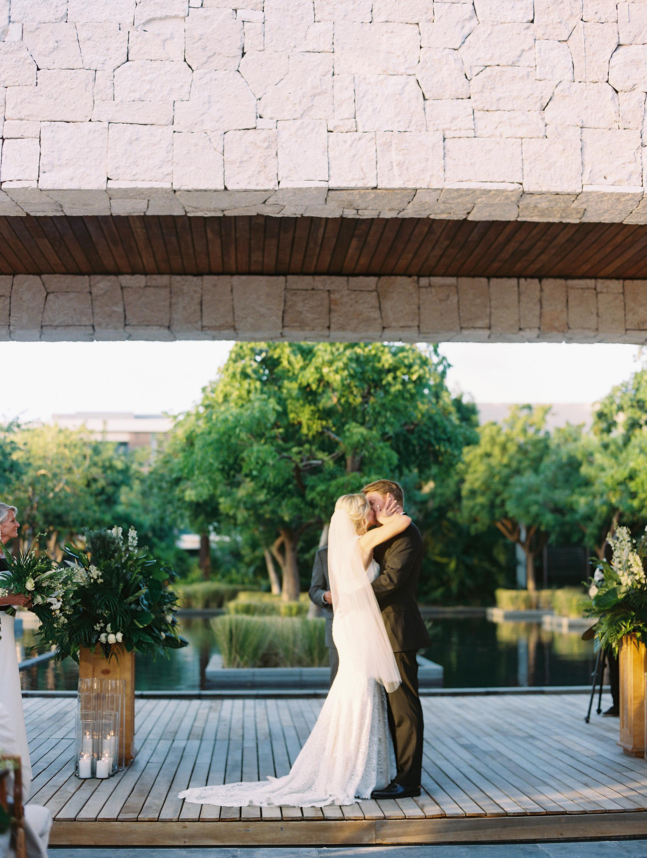 sara danny mexico wedding ceremony kiss
