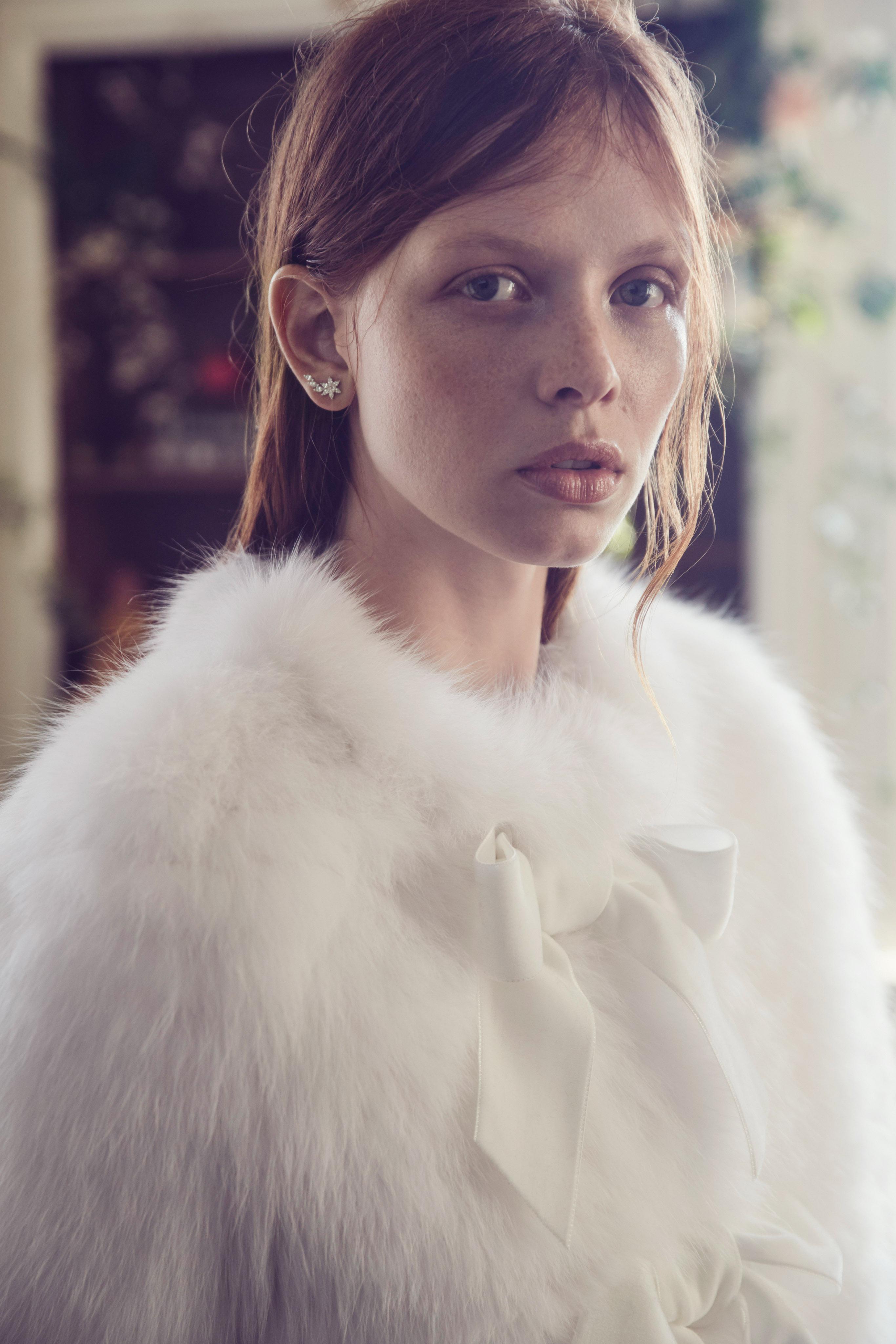 monique lhuillier fall 2019 white fur jacket