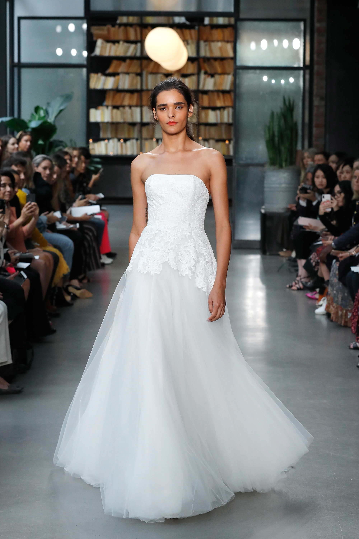 nouvelle amsale wedding dress strapless tulle a-line
