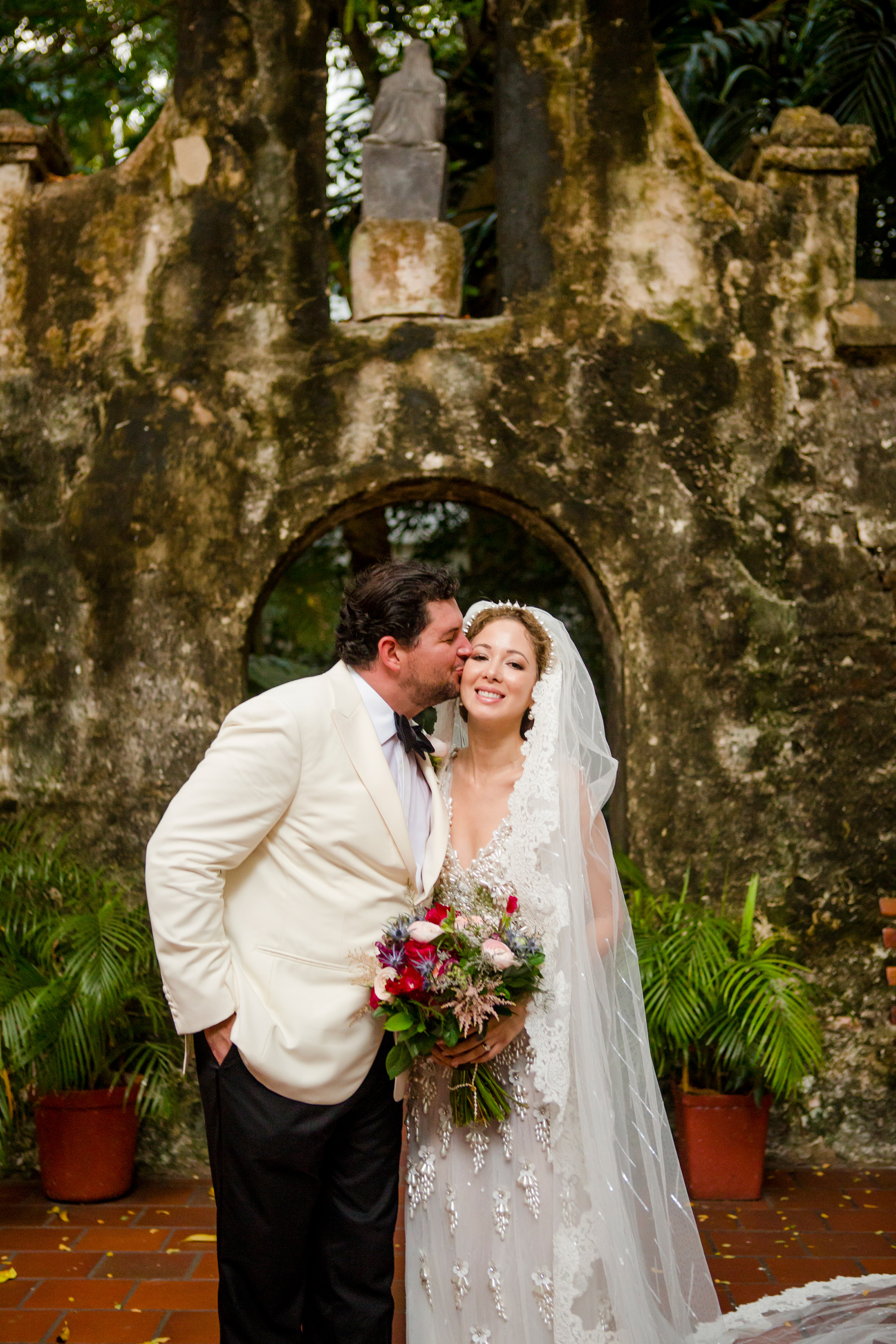 A Lively, Music-Filled Destination Wedding in Cartagena | Martha