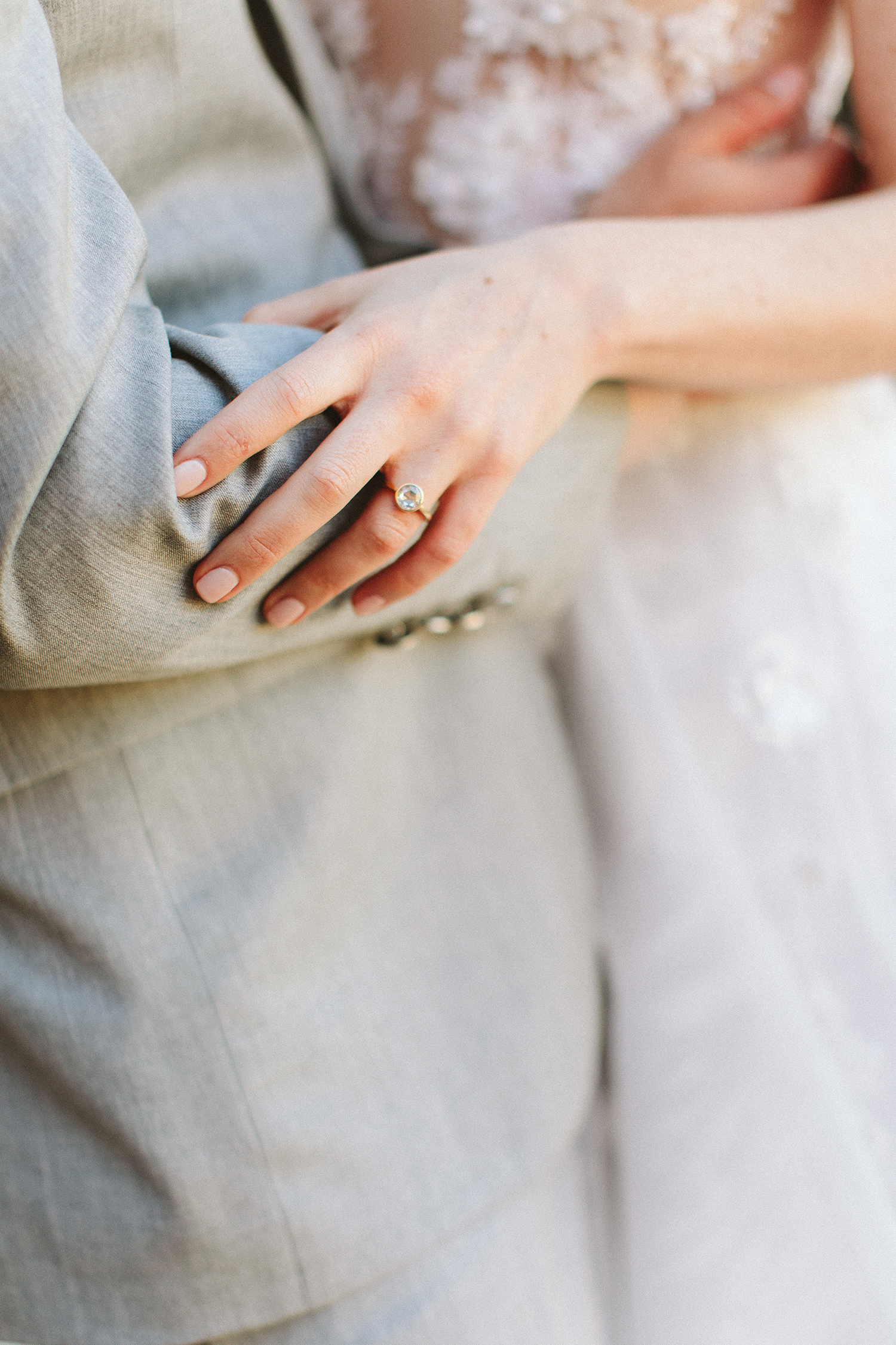 5 Expert-Approved Tips for Snapping the Prettiest Photos of Your Engagement Ring