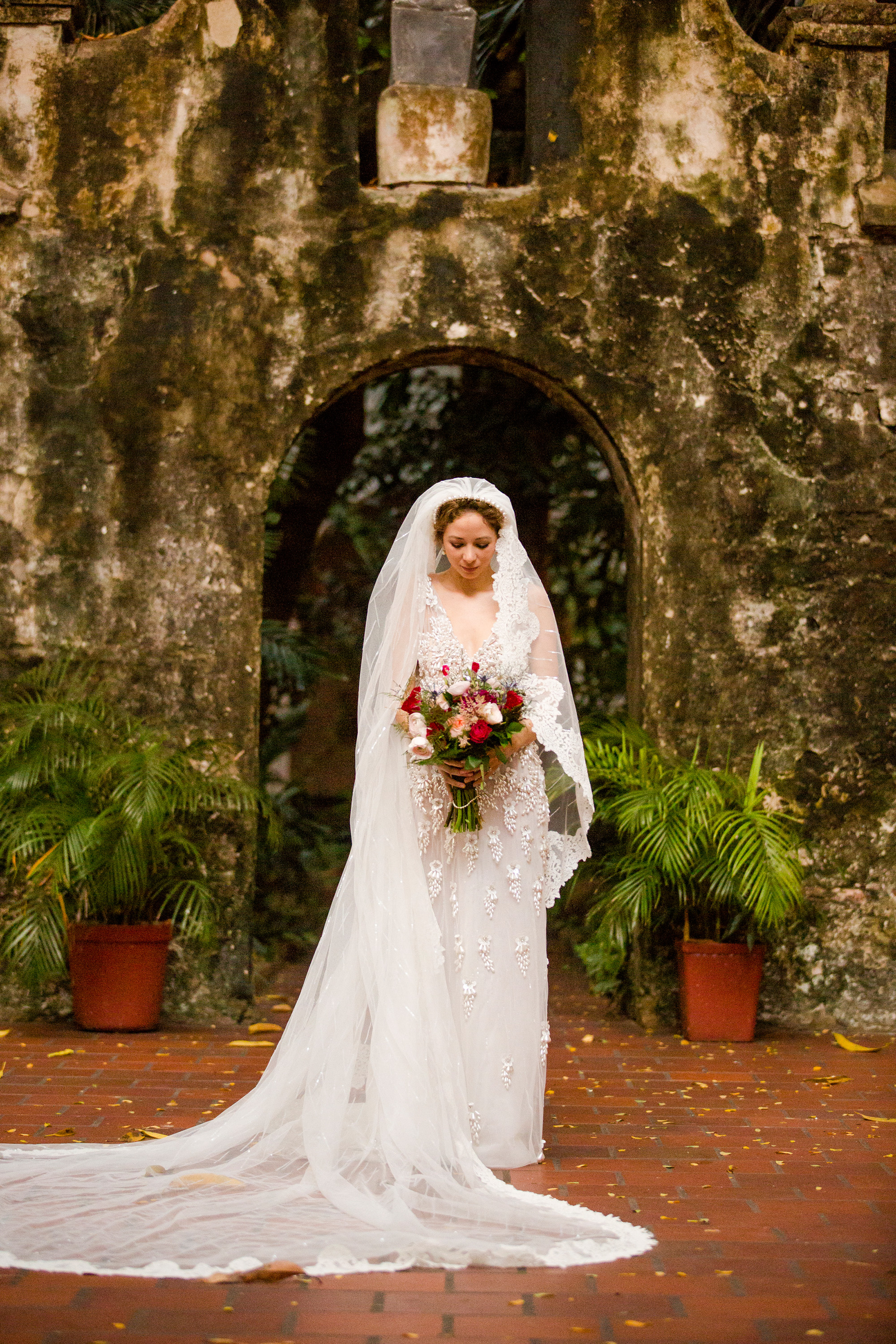 How to Prevent Wedding Dress Wrinkles