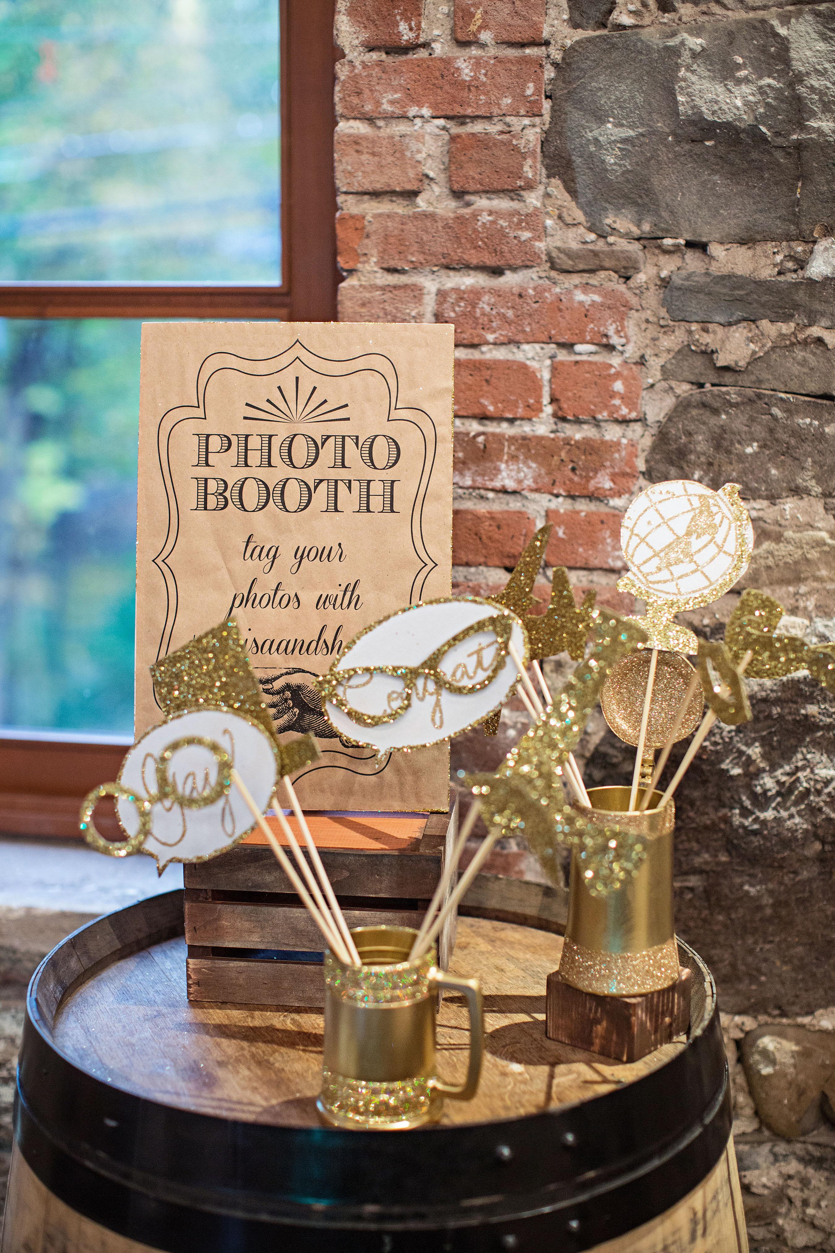photo booth props gold glitter bubbles glasses