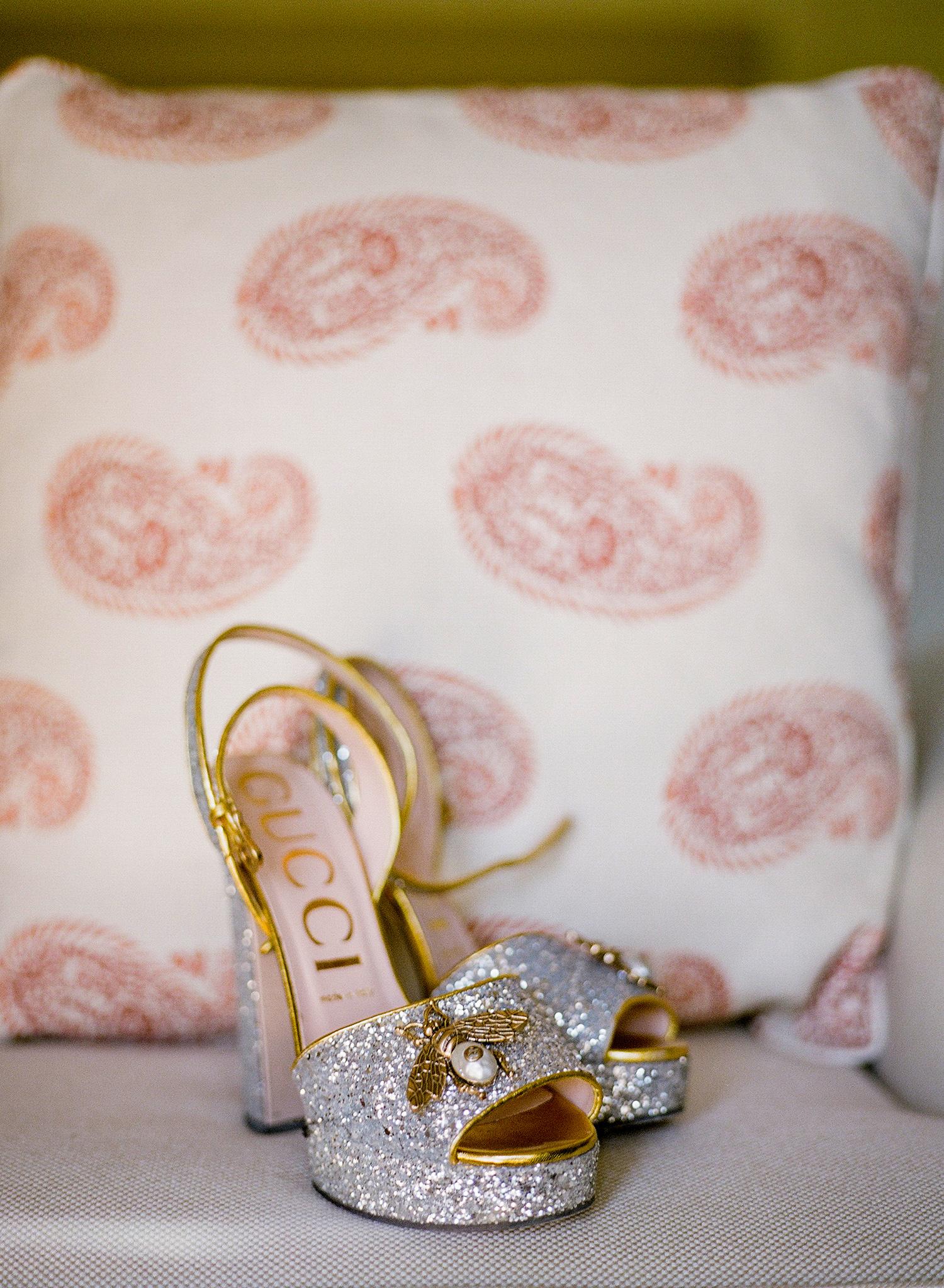 bee wedding ideas glittery gucci shoes