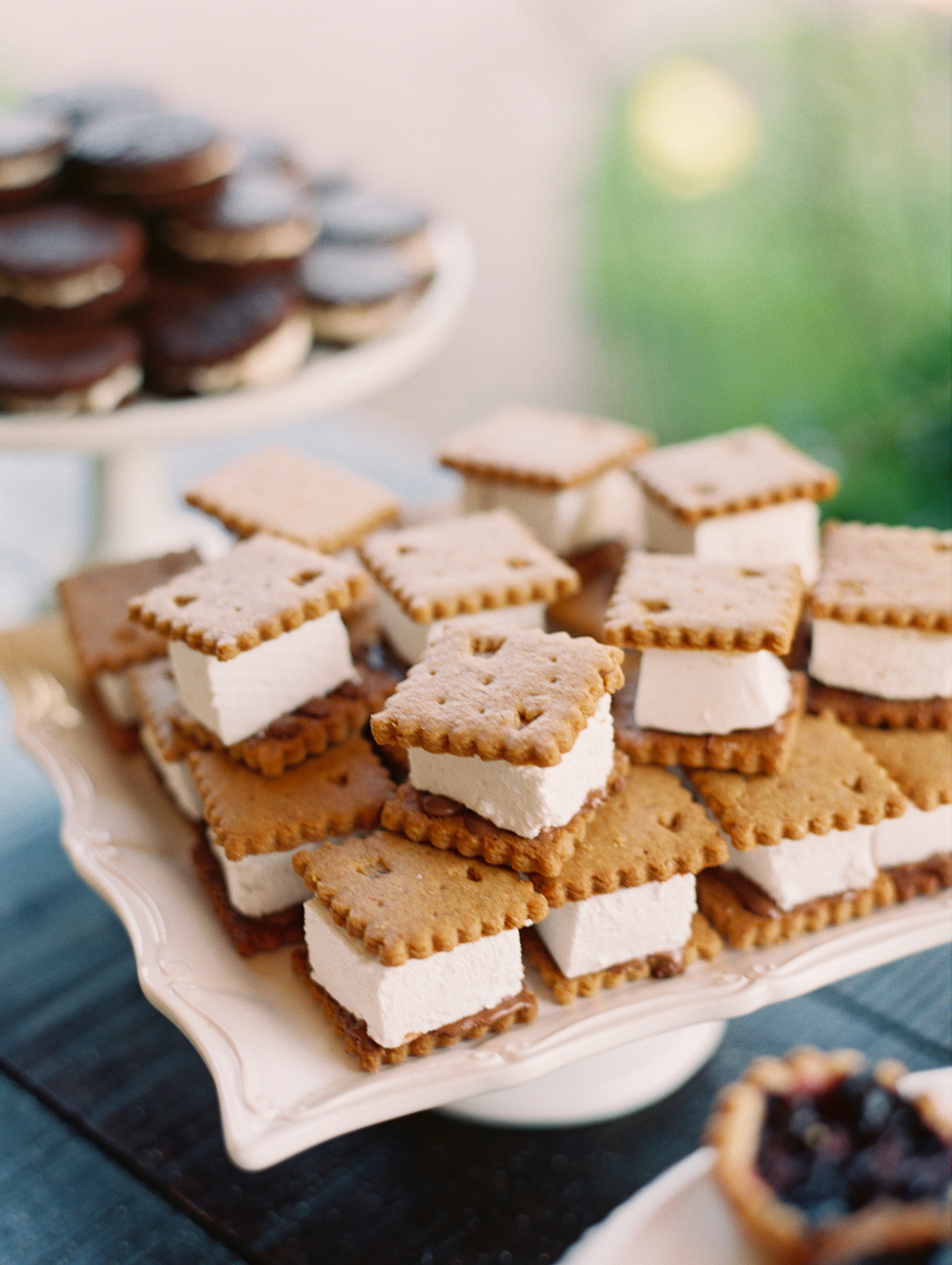 scalloped wedding decor ice cream sandwich desserts