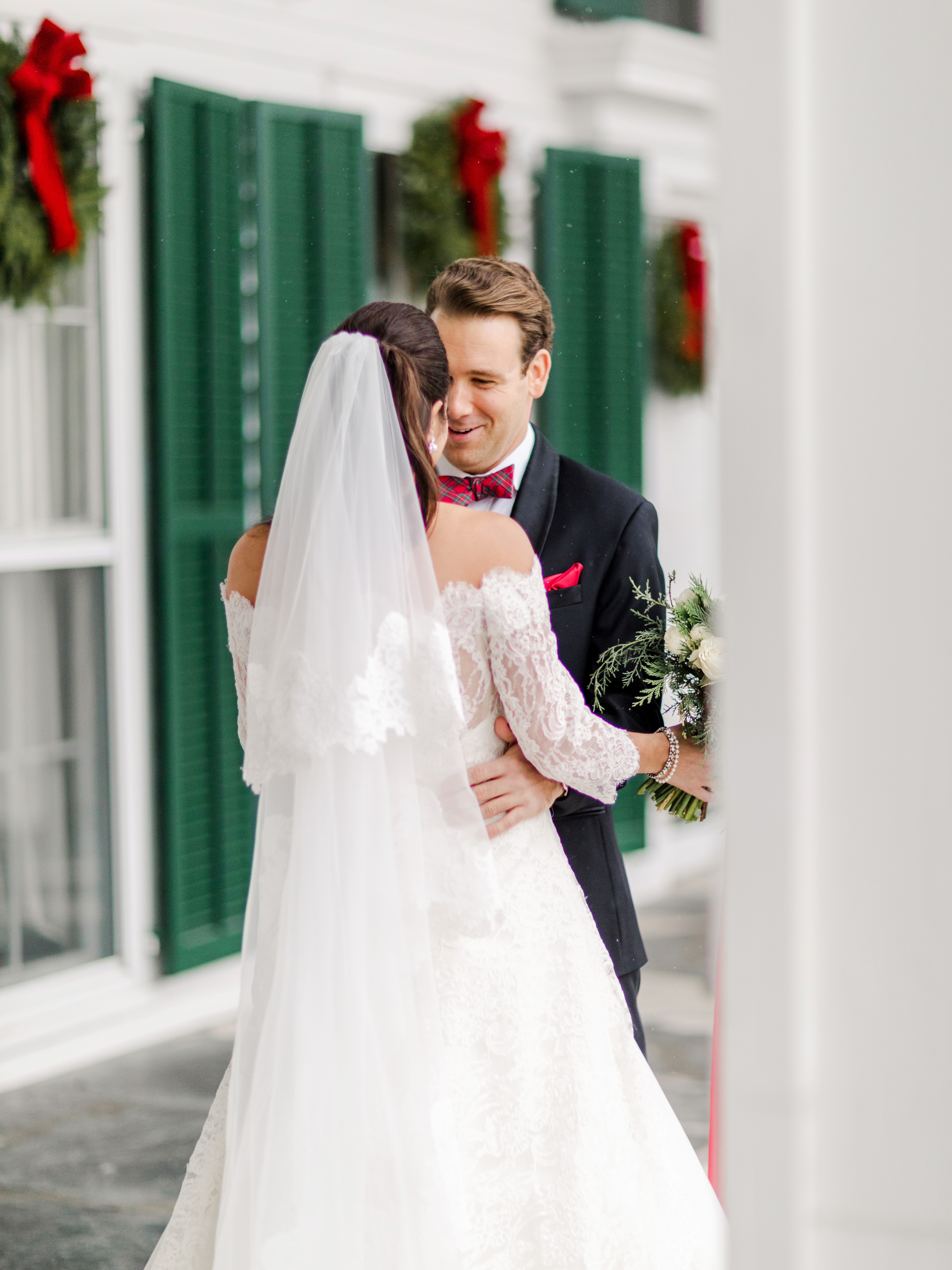 lauren christian christmas wedding couple first look