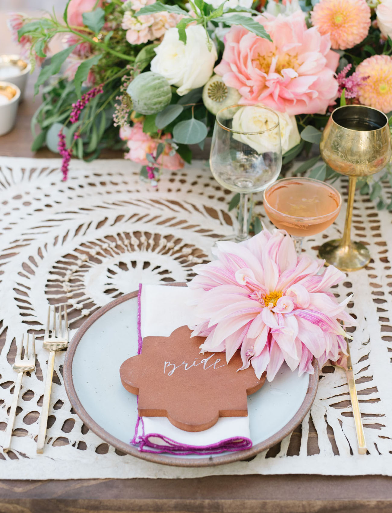 terra cotta decor place card and brides plate