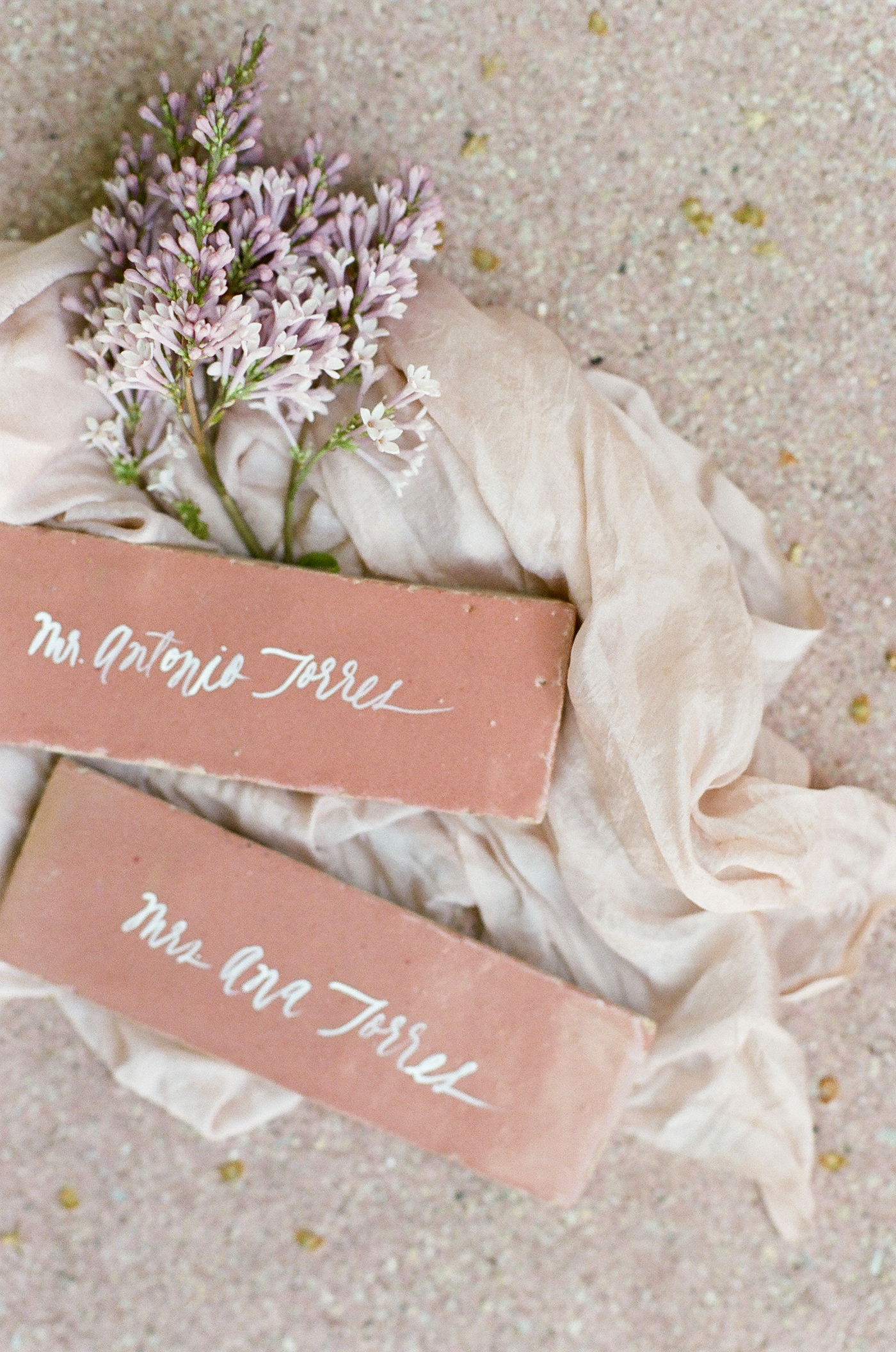 terra cotta decor escort cards