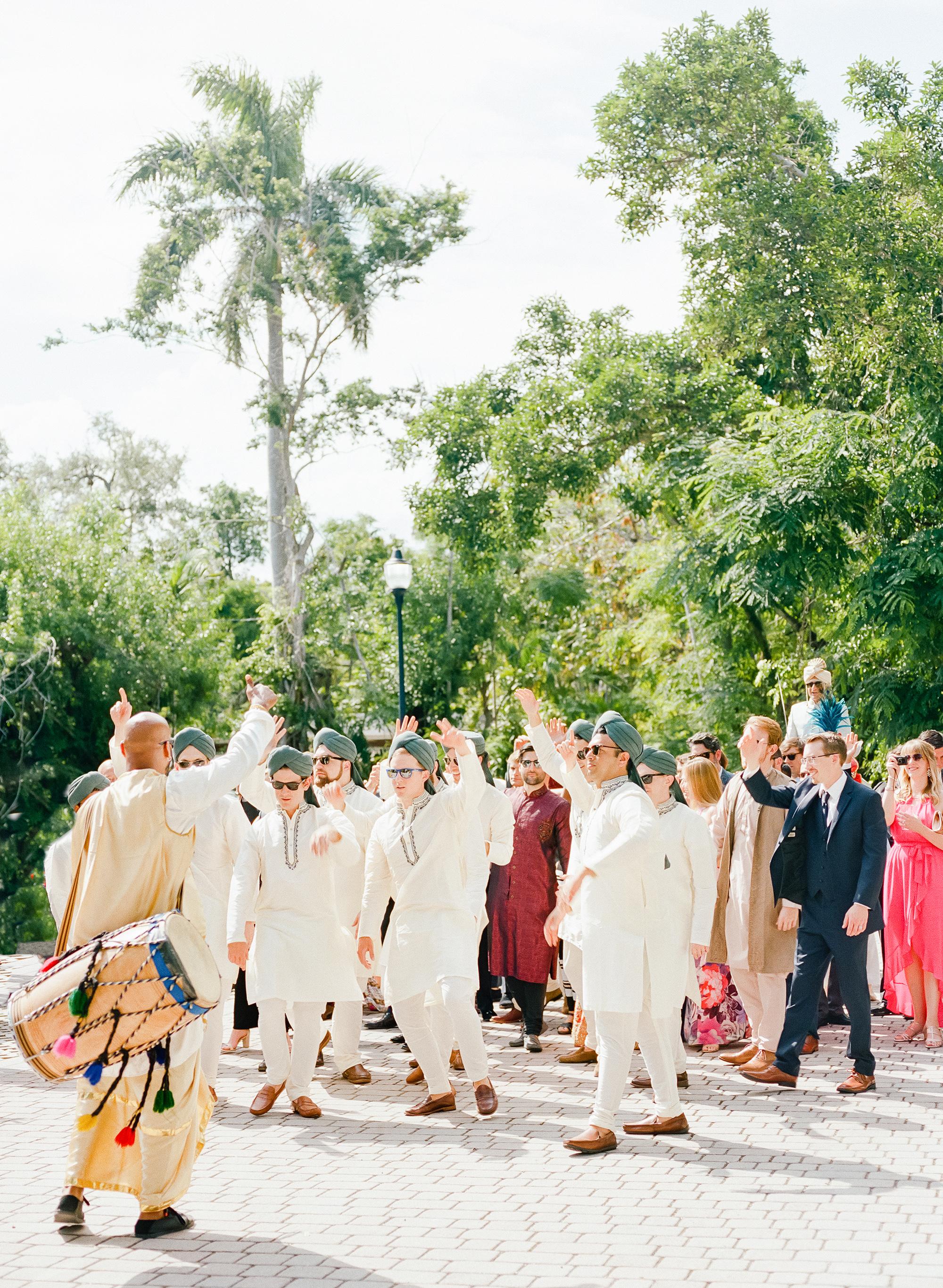 anuja nikhil wedding baraat with bridesmaids
