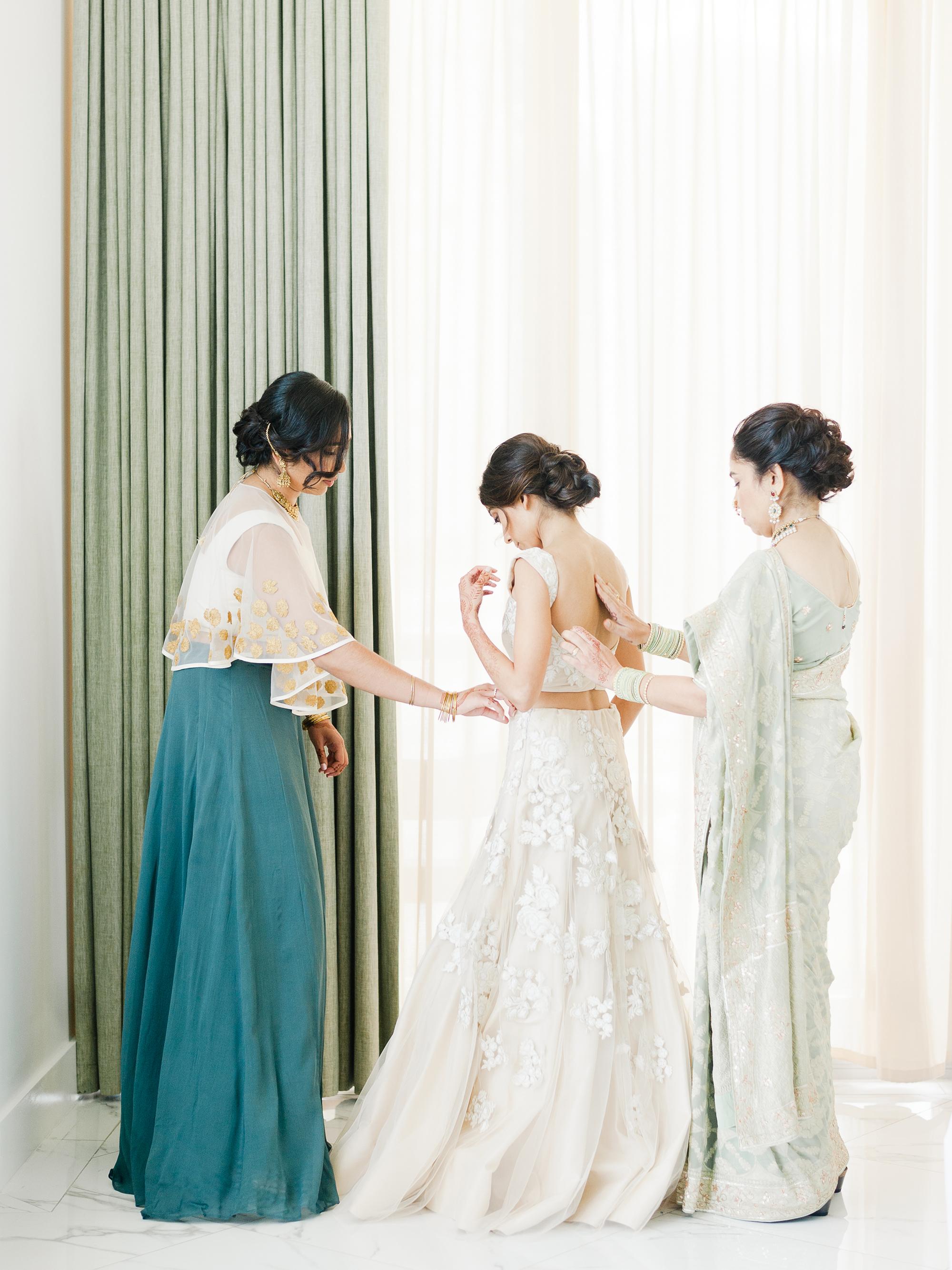anuja nikhil wedding bride getting ready