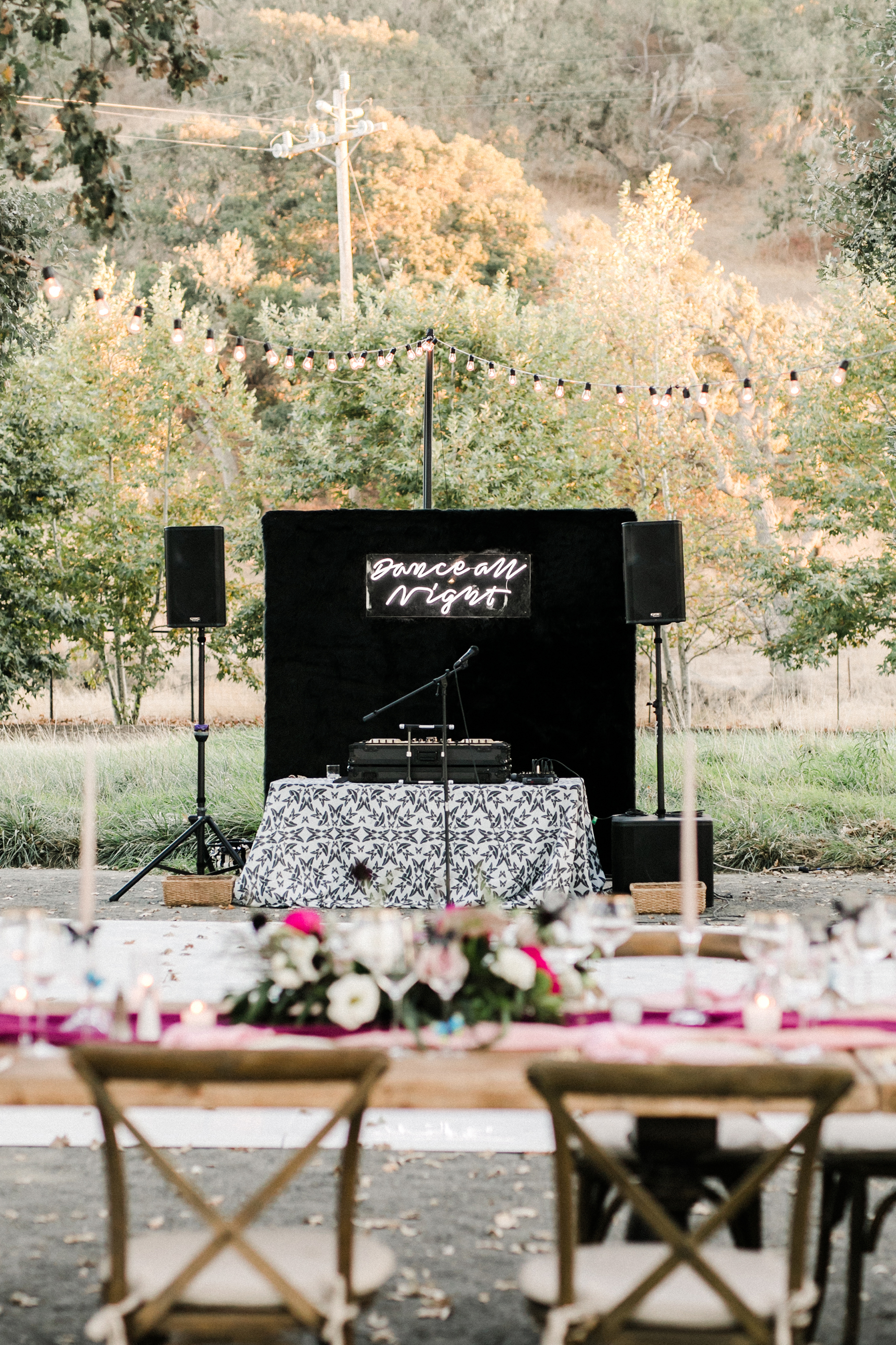 How to Make Sure Your Band or DJ Is Taken Care of During the Wedding