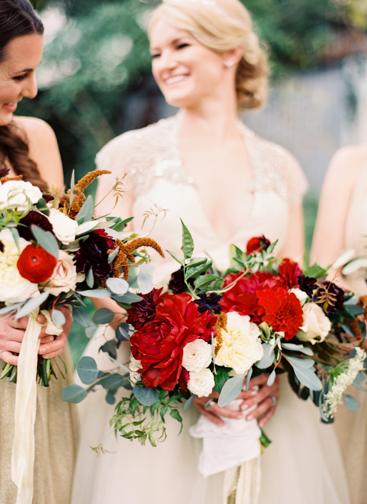A Florist's Best Tips for Creating an Unexpected Winter Wedding Bouquet