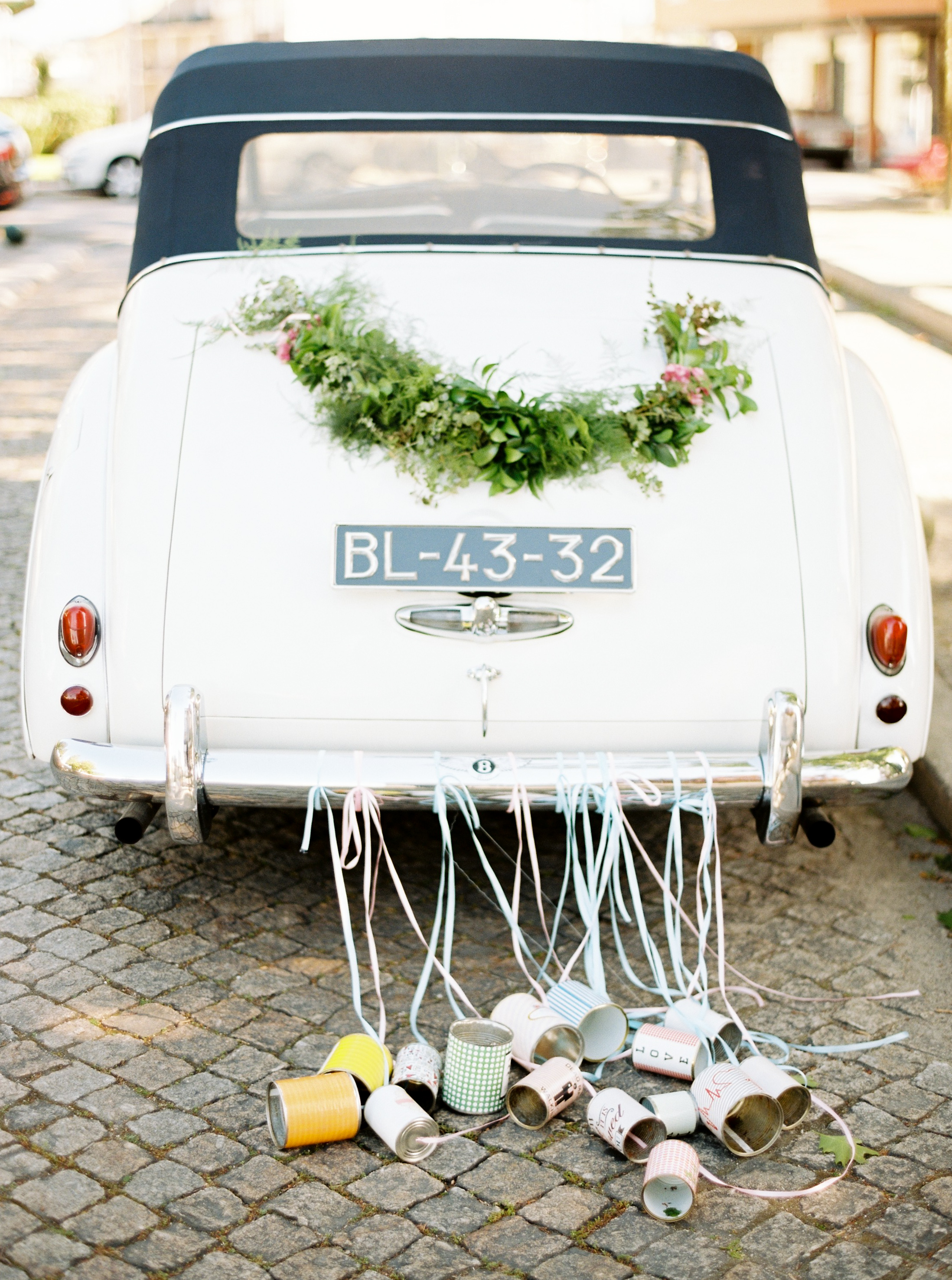 Wedding Planners Share Their Favorite Ways to Decorate a Getaway Car