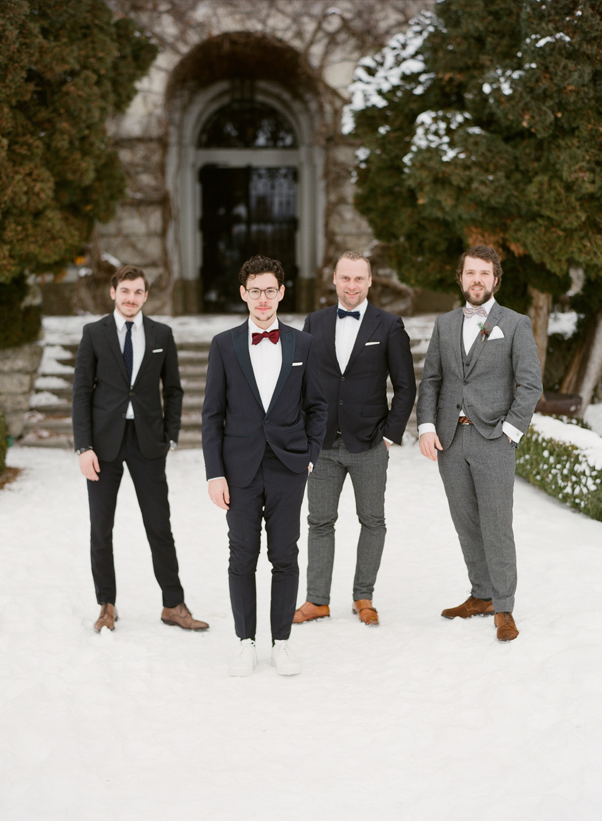 3 Important Etiquette Rules All Winter Wedding Guests Need to Know