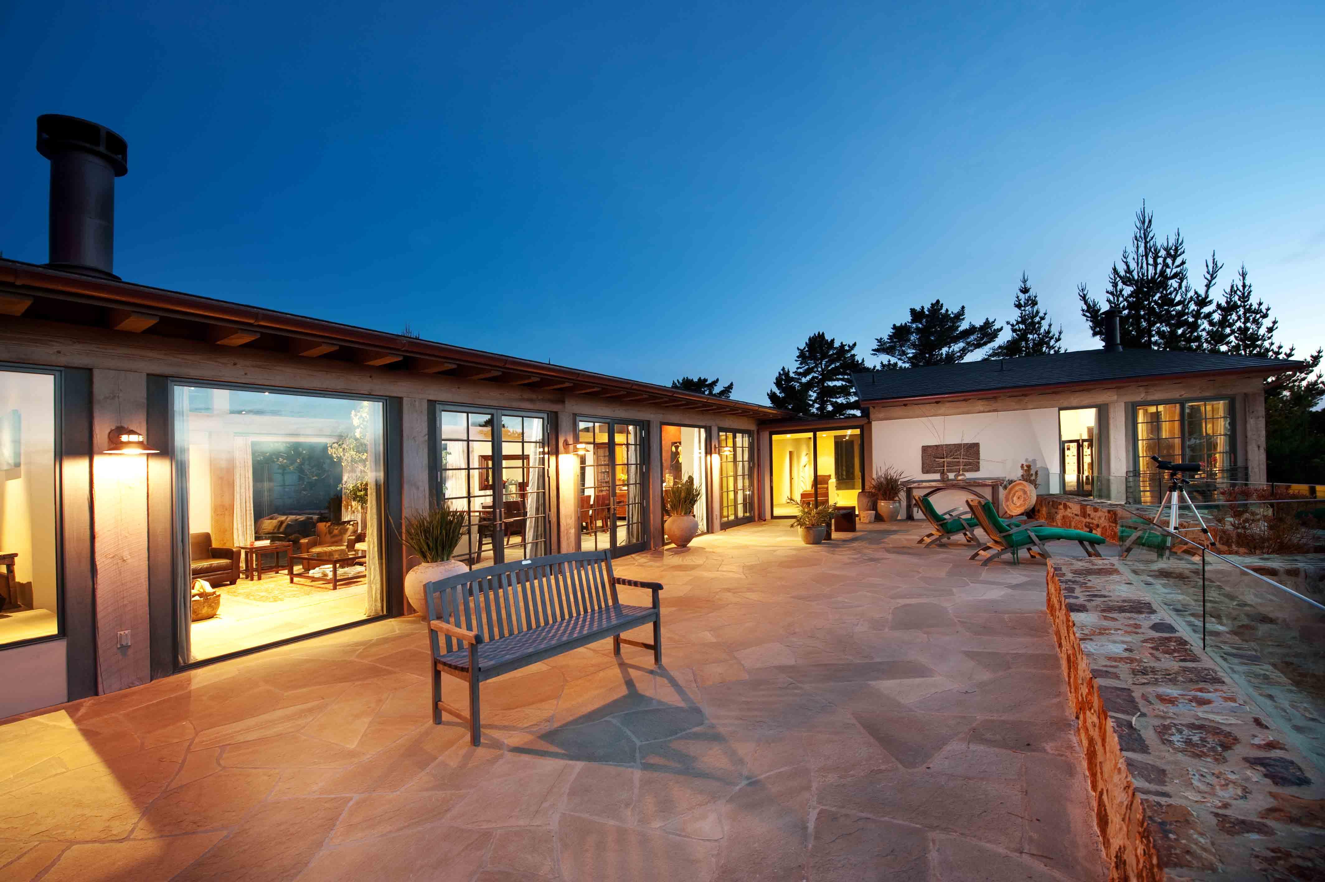 cozy airbnb caramel california