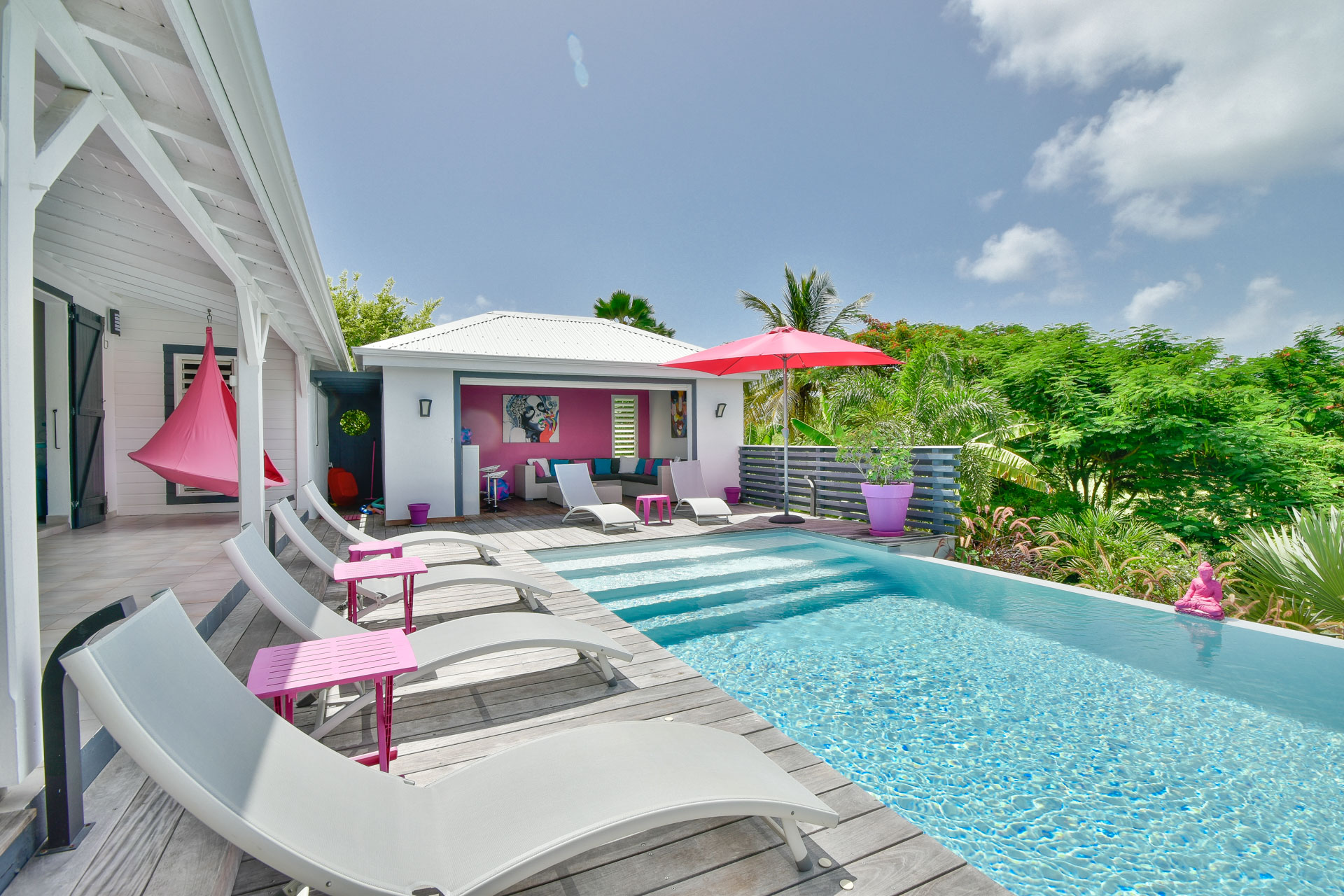 poolside tropical airbnb in guadeloupe