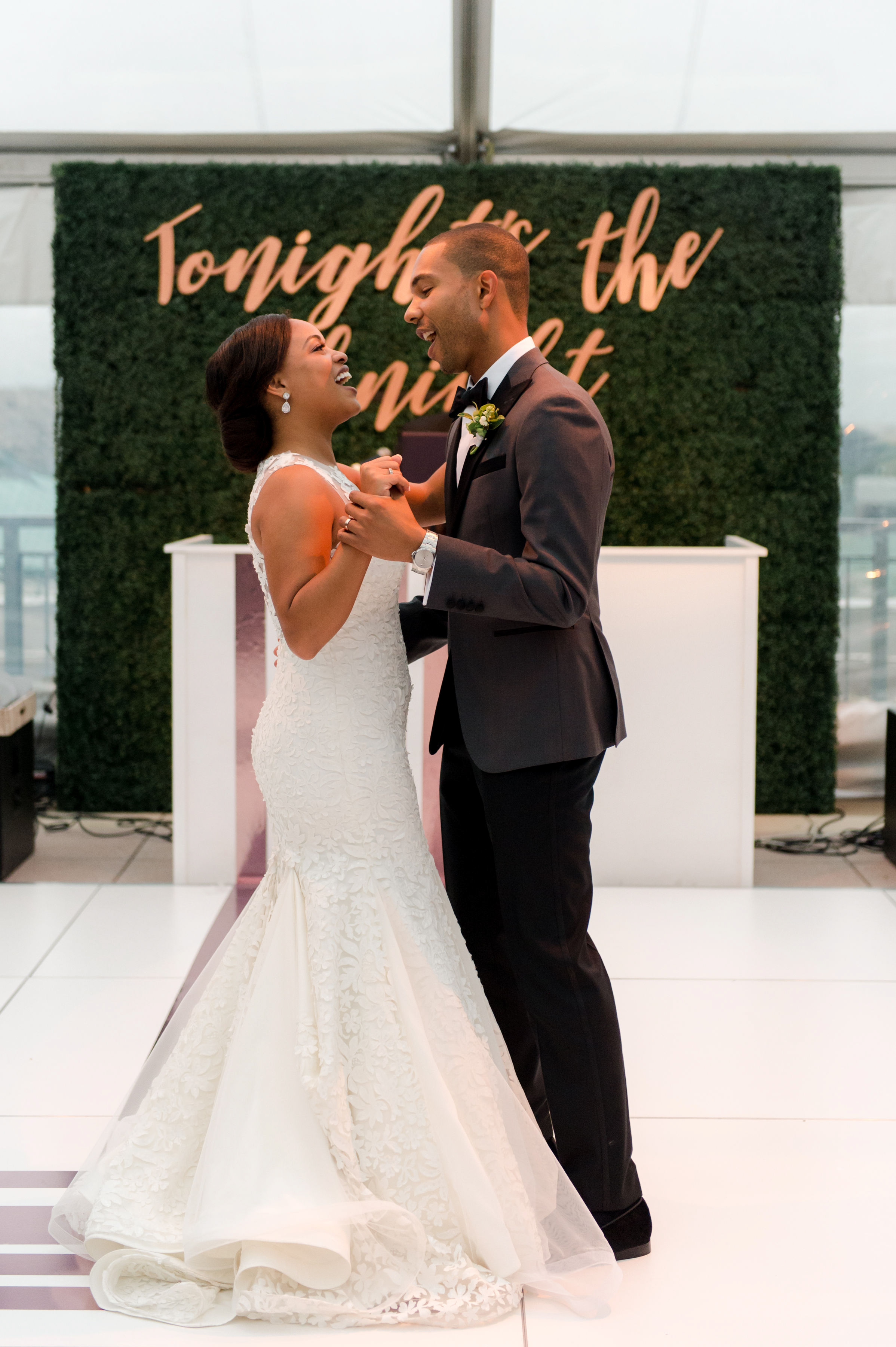 melissa justen wedding couple first dance