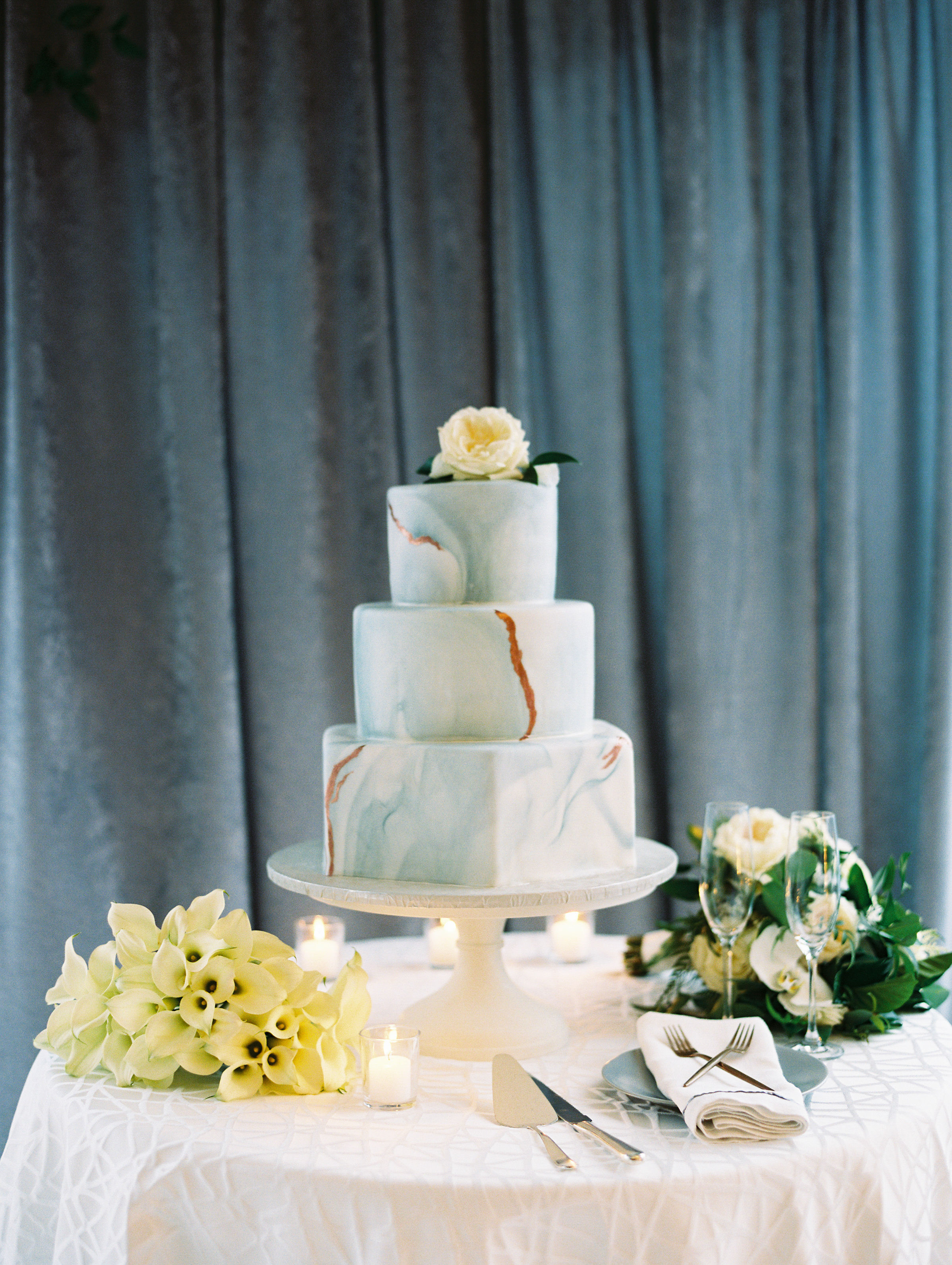 melissa justen wedding cake marble decoration on table