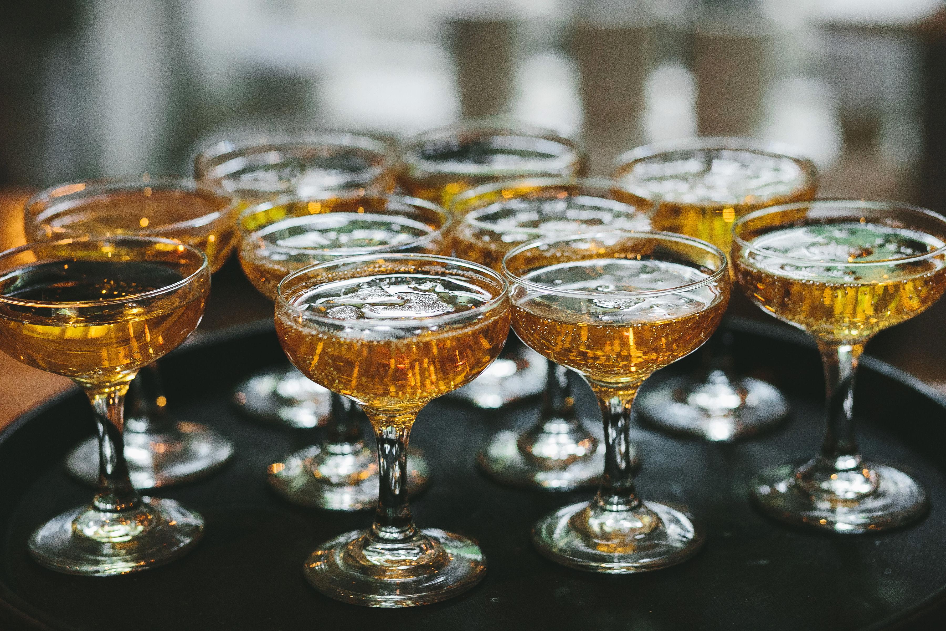 lola quinlan elopement coupes drinks
