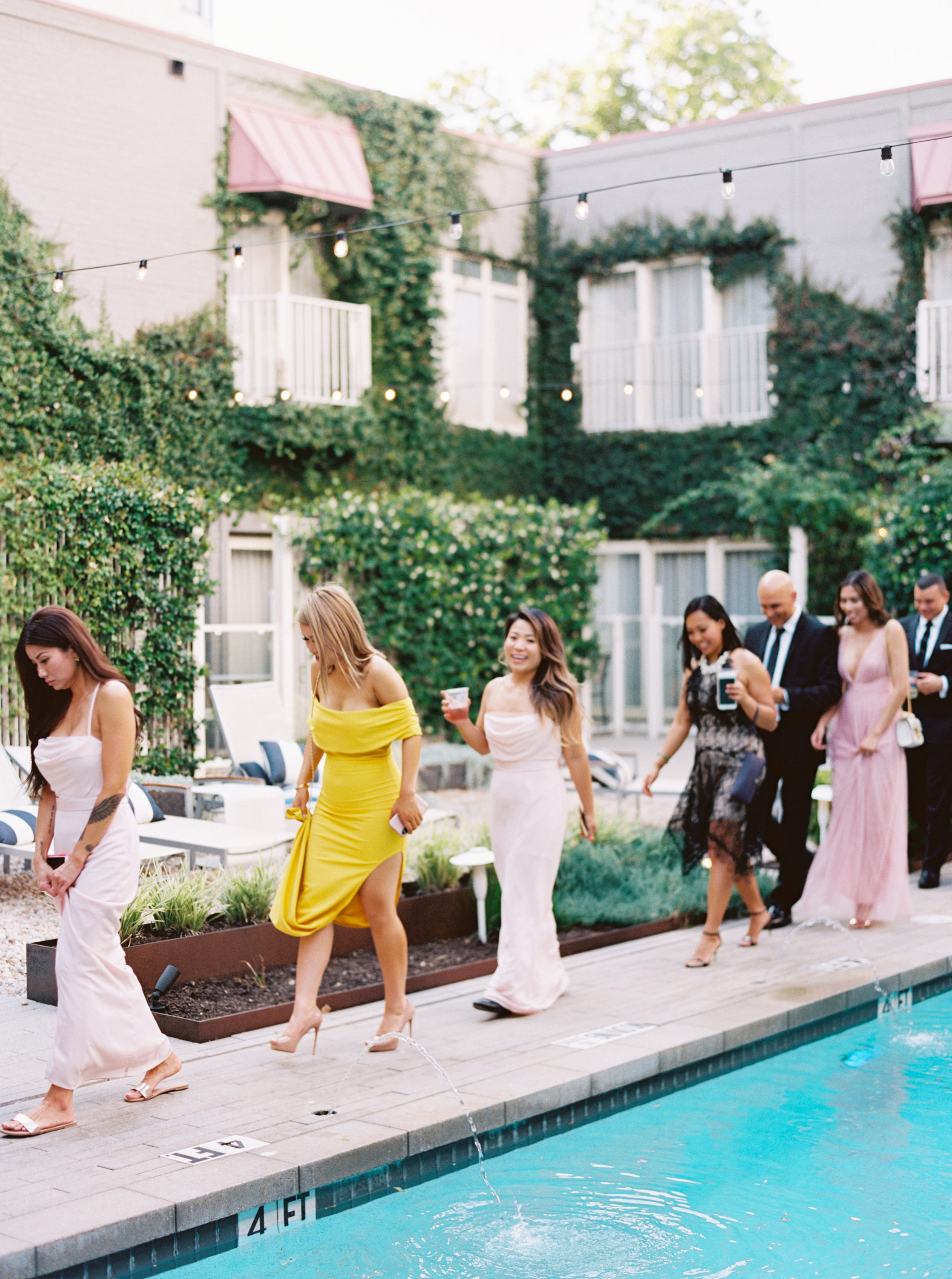 3 Things a Destination Wedding Guest Should Never Do