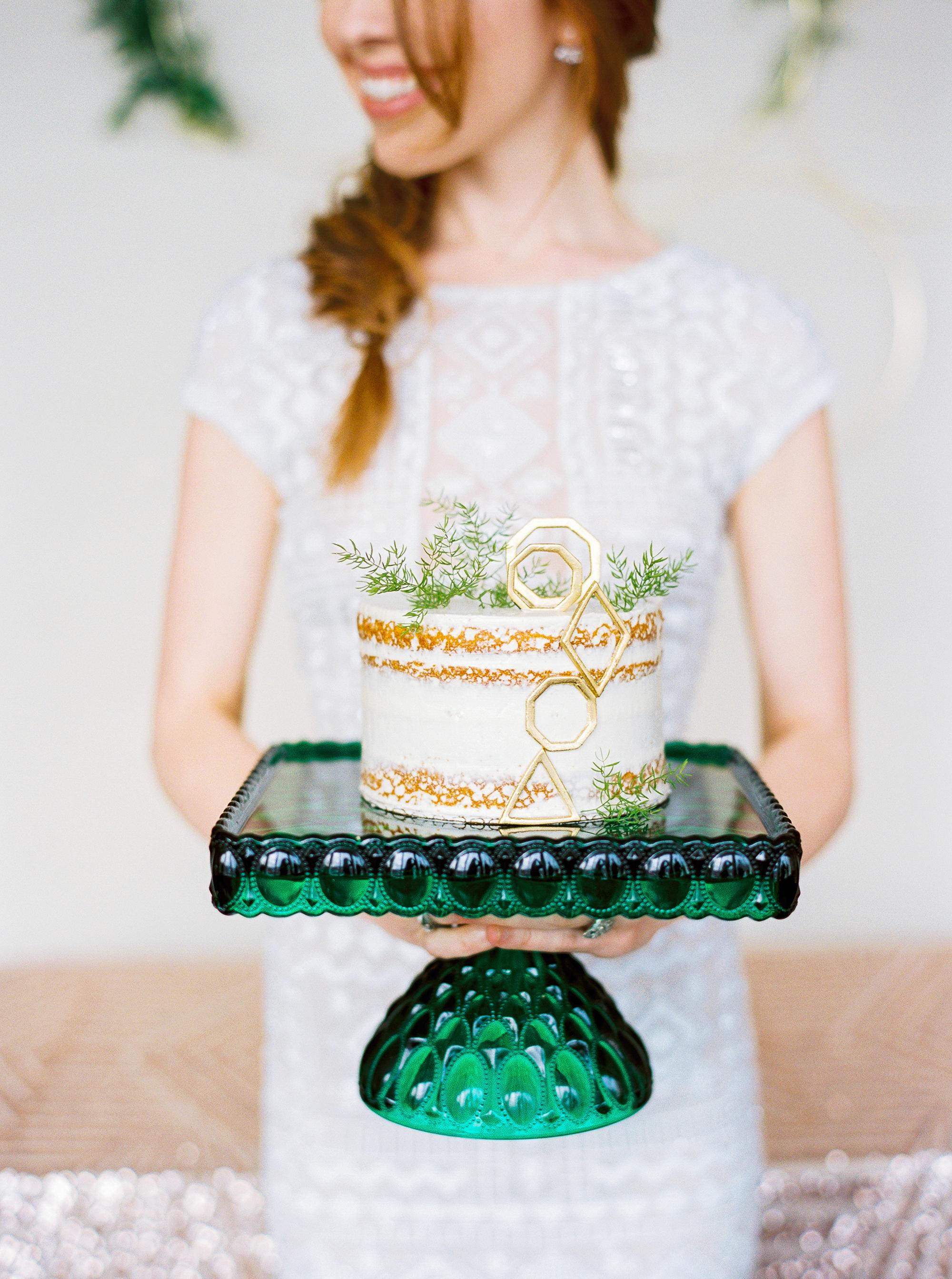 emerald green cake stand