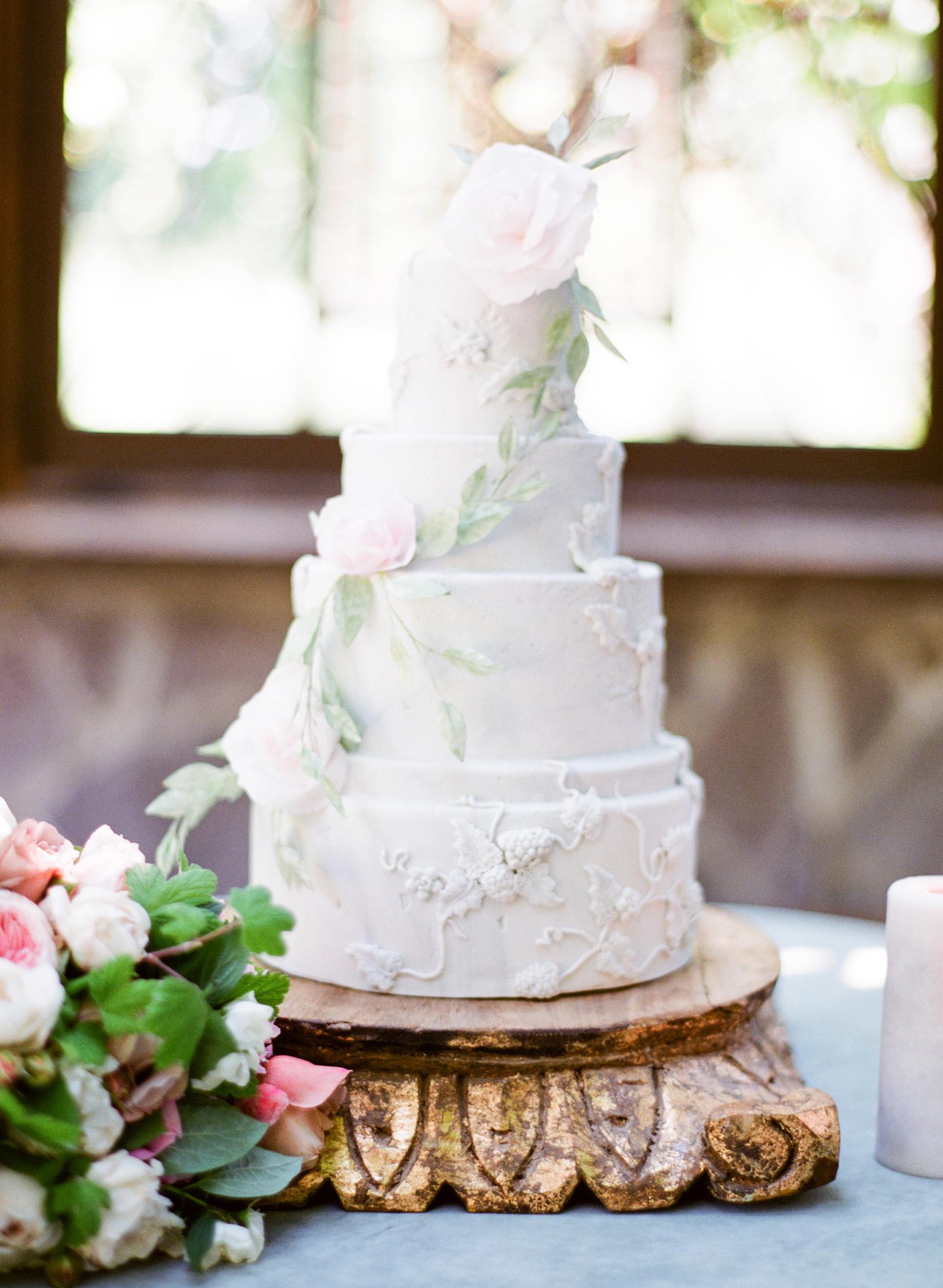 micro tier wedding cakes fondant flower vine