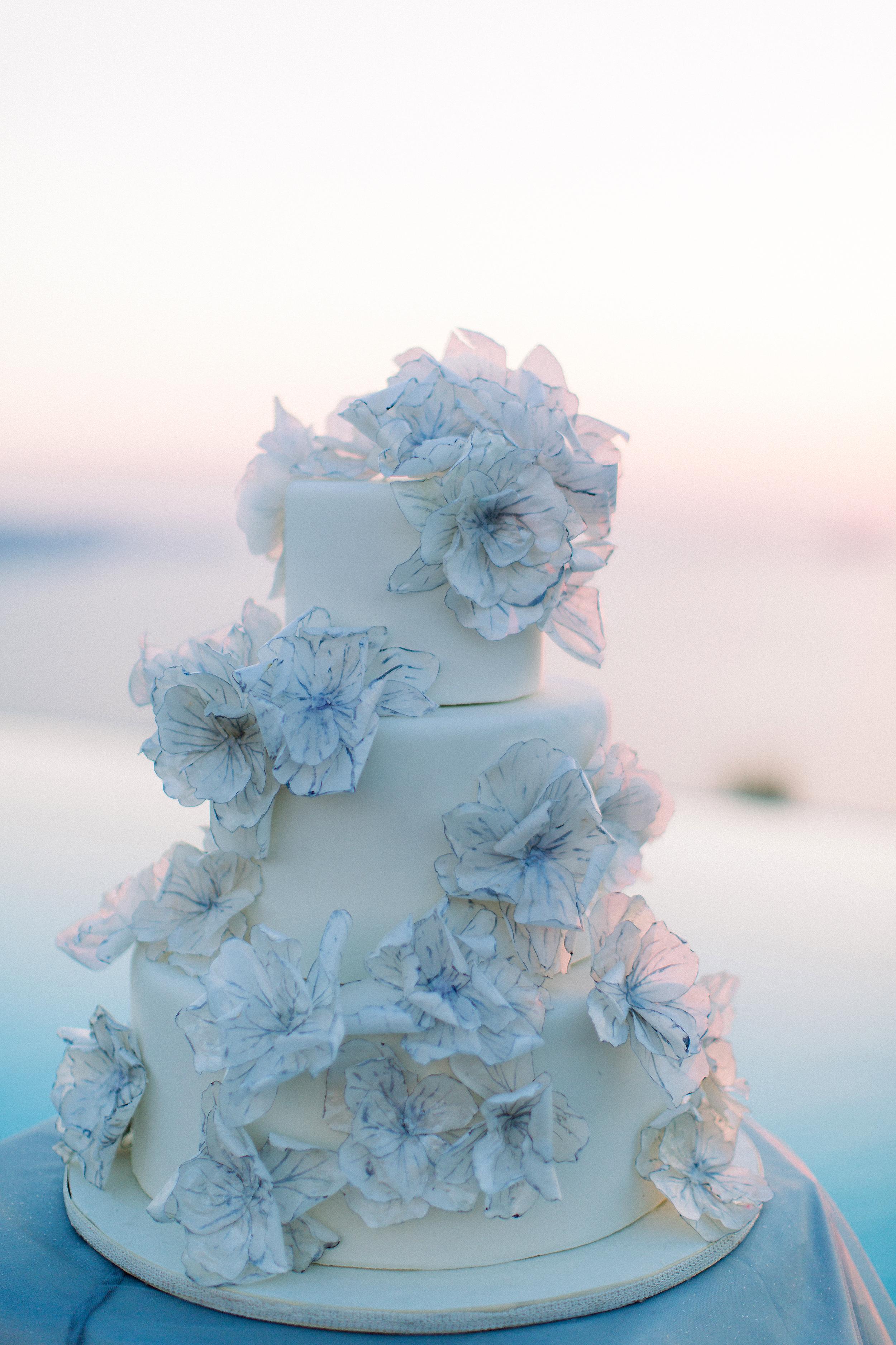 angie prayogo greece wedding cake with flowers