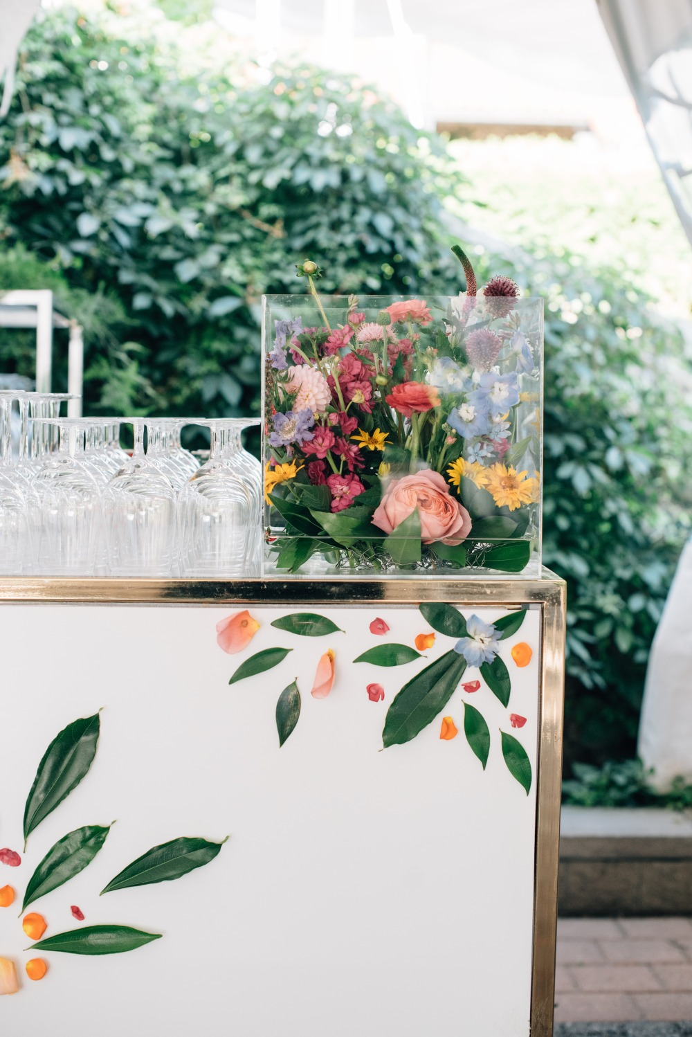 Pressed Flower Bar