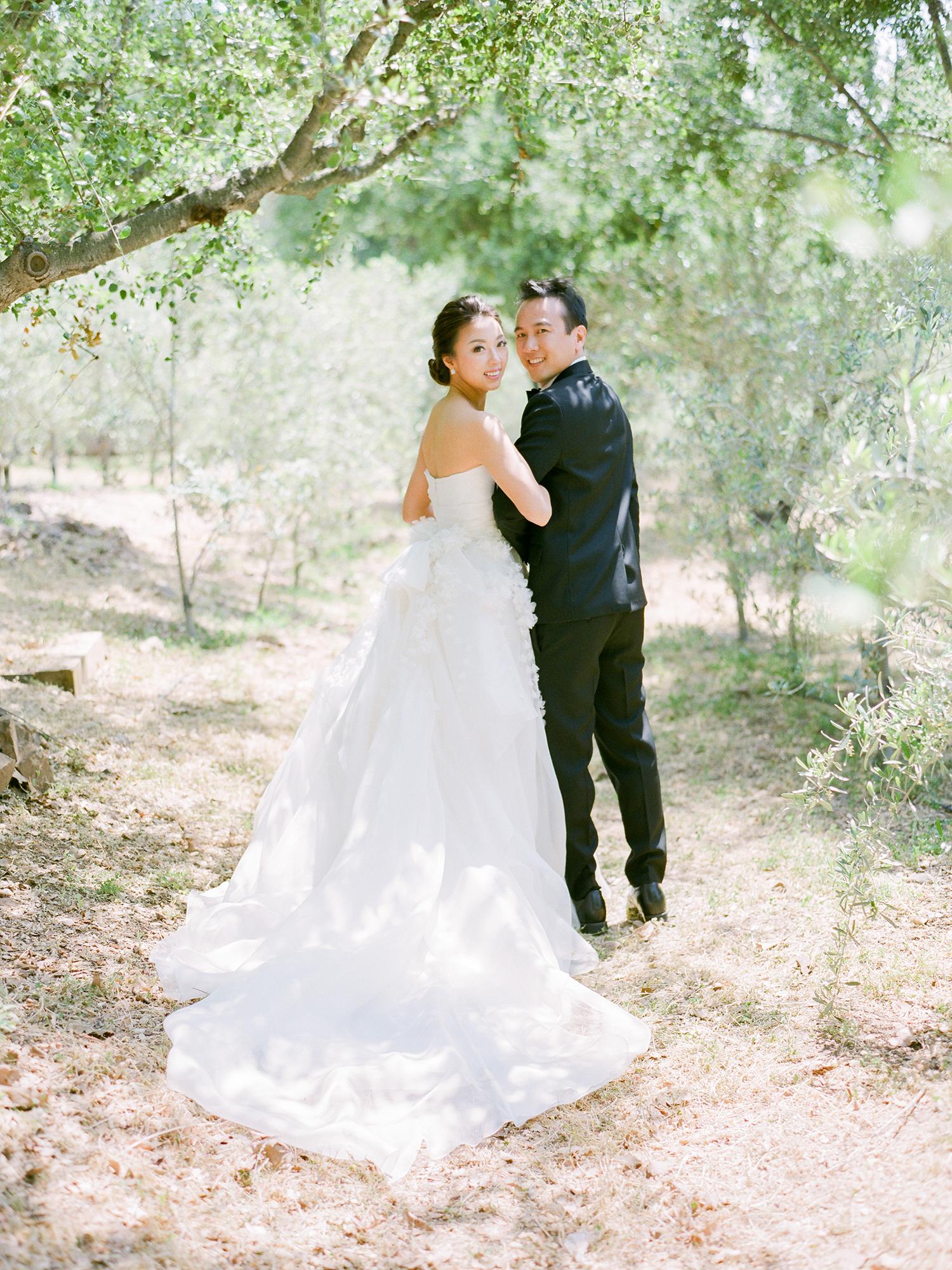 grace ceron wedding couple looking over shoulders