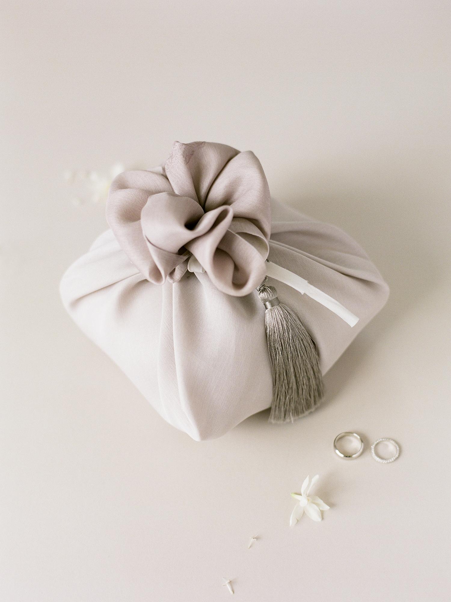 grace ceron wedding bundle and rings