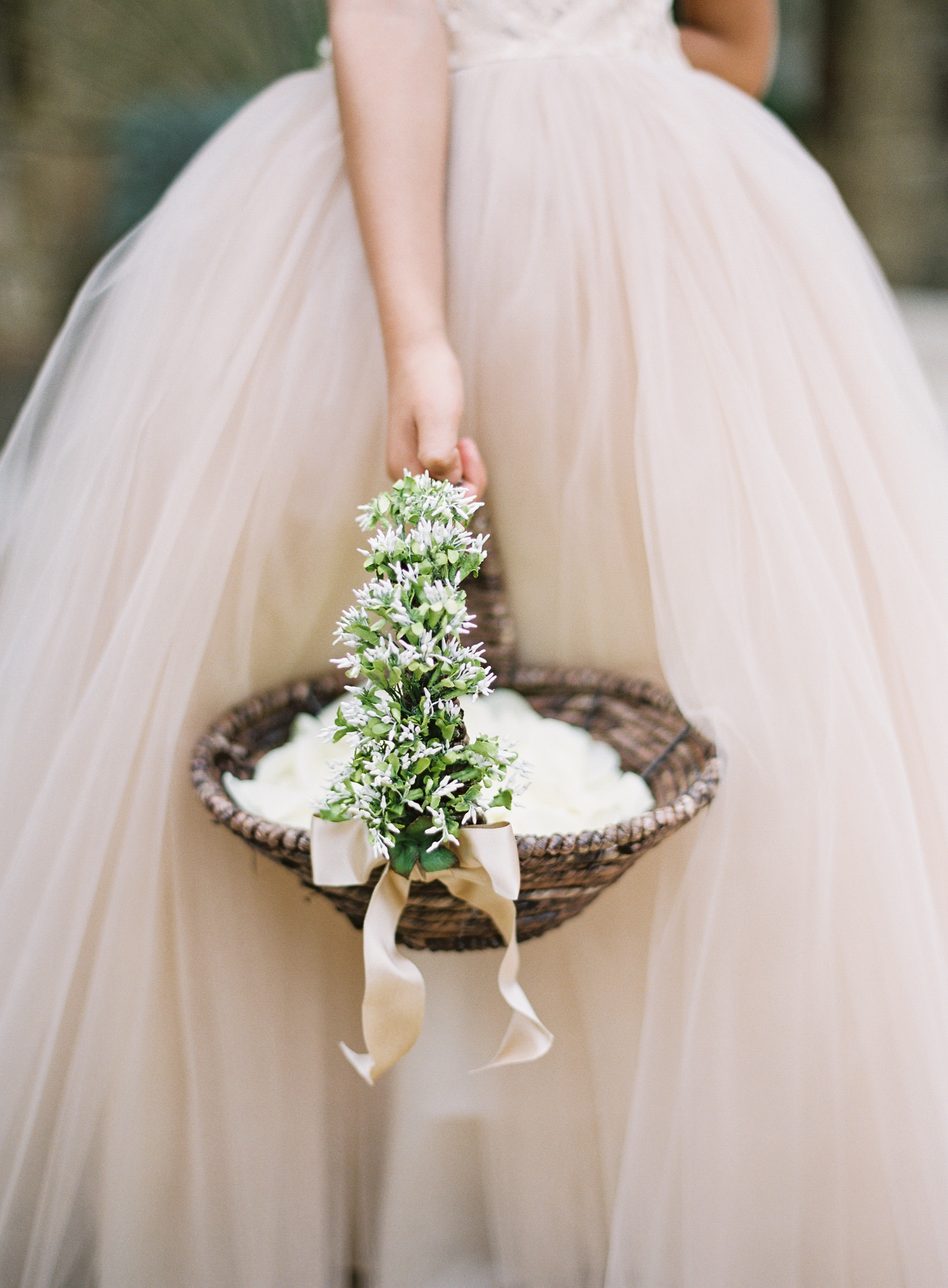the best flower girl baskets from real weddings | martha