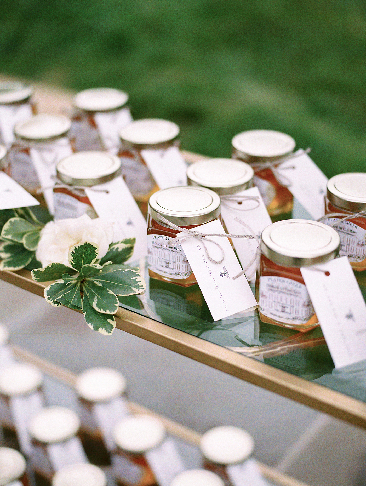 How Many Wedding Favors Do You Really Need to Buy?