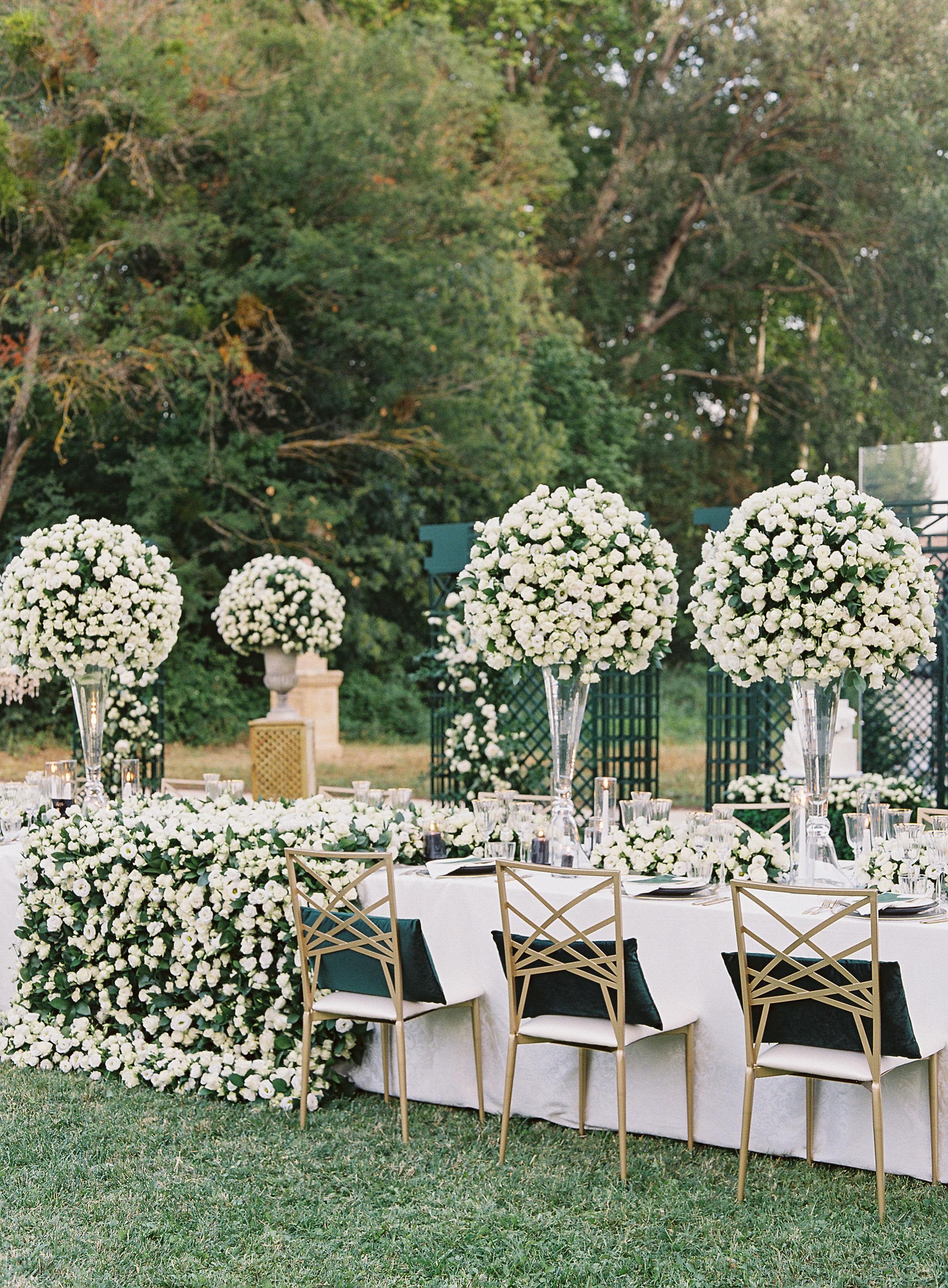 janet patrick wedding reception table in garden