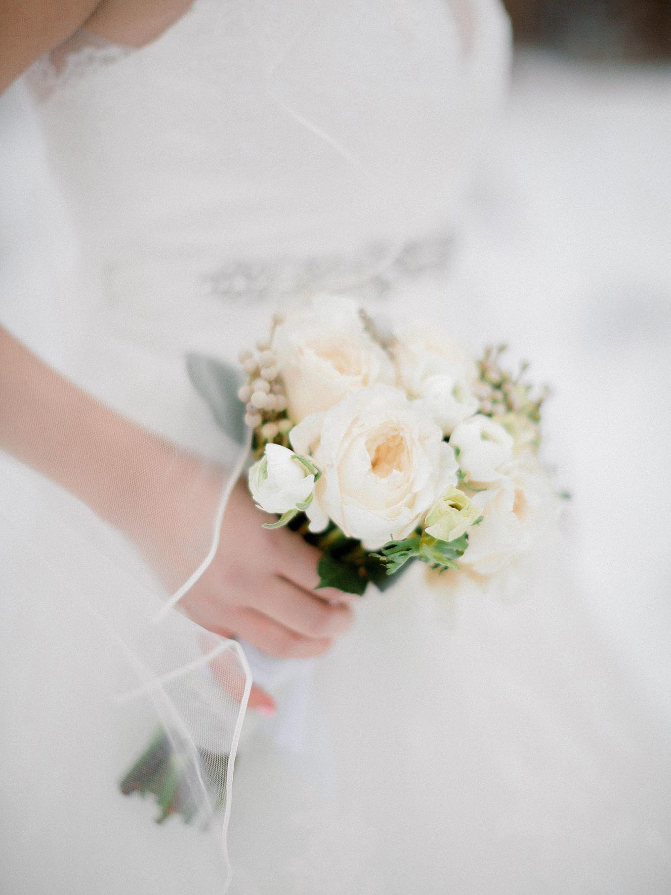 small bouquet with garden roses