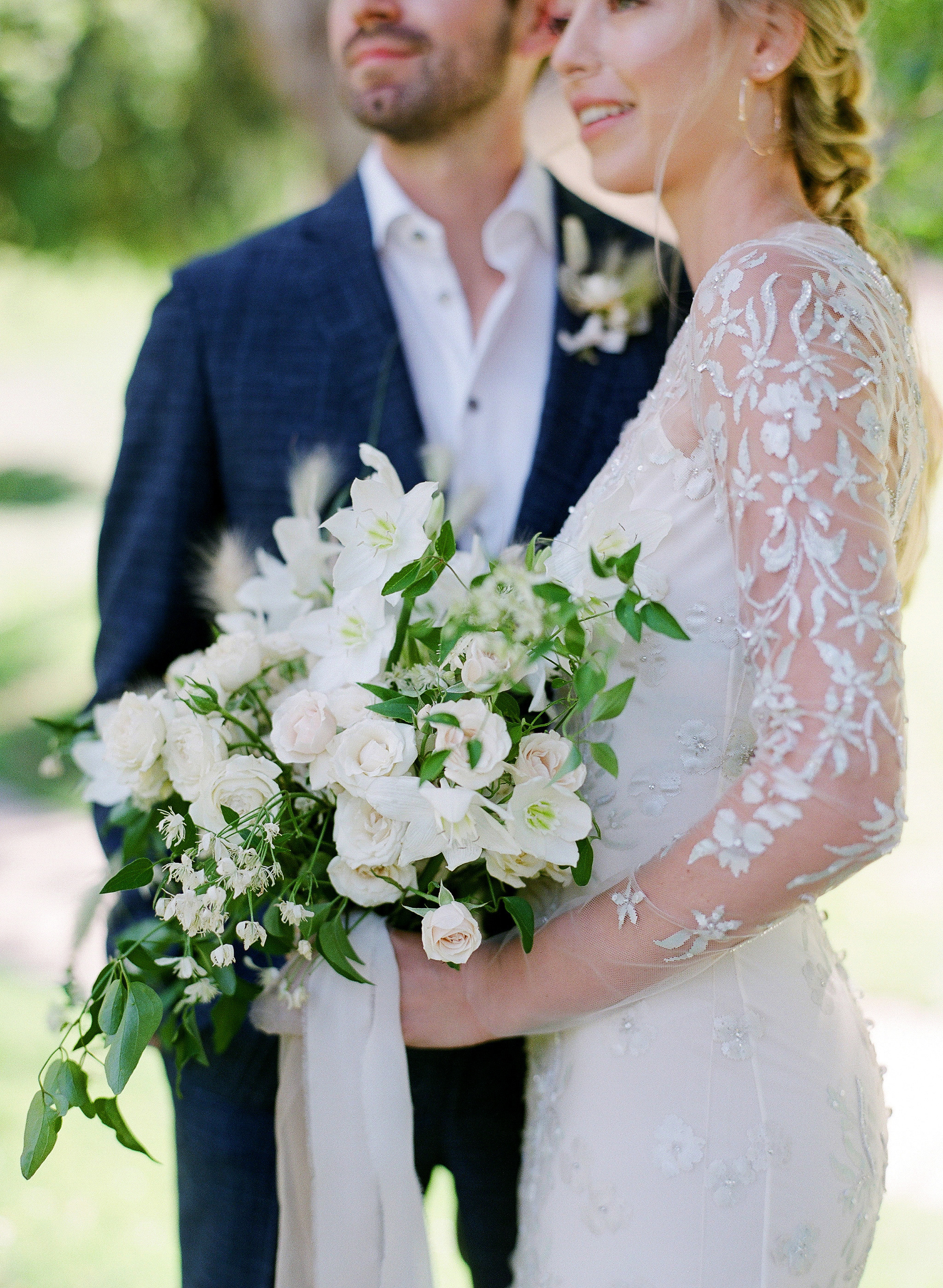 alex drew california wedding bouquet couple